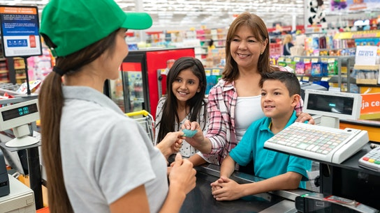 This debit card teaches kids how to manage money