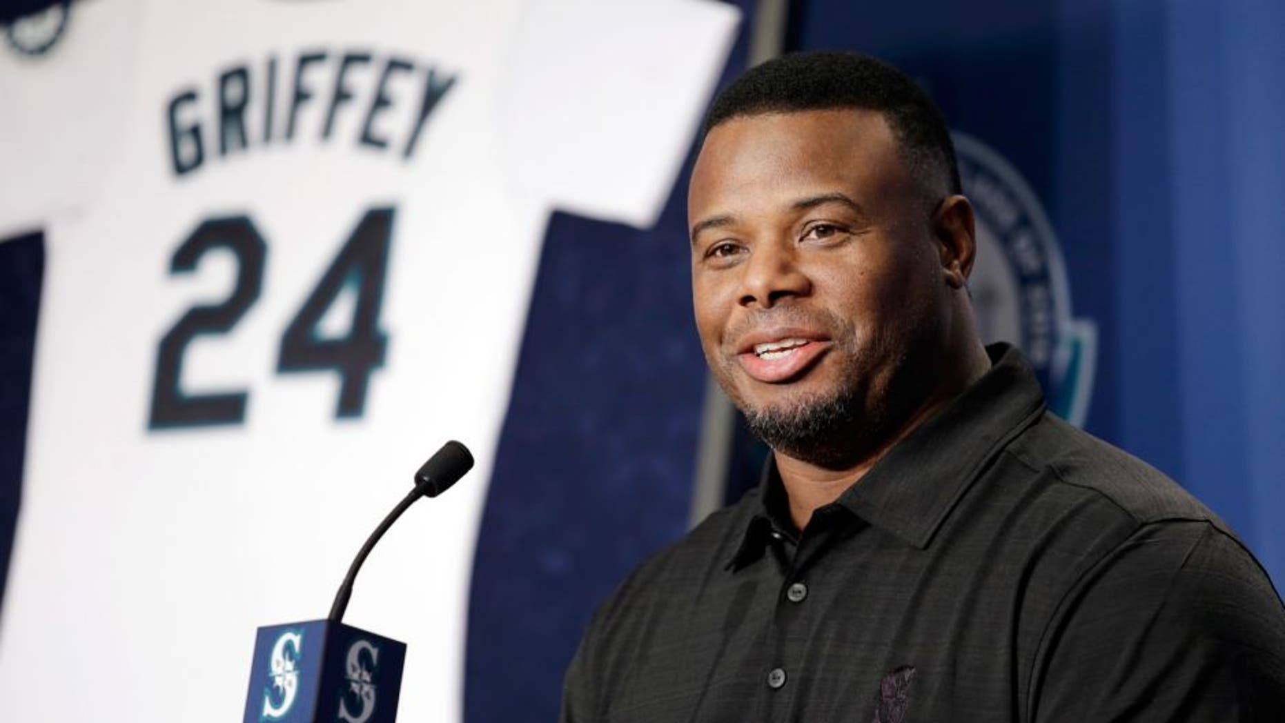 Ken Griffey Jr. speaks at a news conference Friday, Jan. 8, 2016, in Seattle. Griffey's Hall of Fame whirlwind came back to where it all started, when he spoke at Safeco Field, the stadium built in part because of him. (AP Photo/Elaine Thompson)