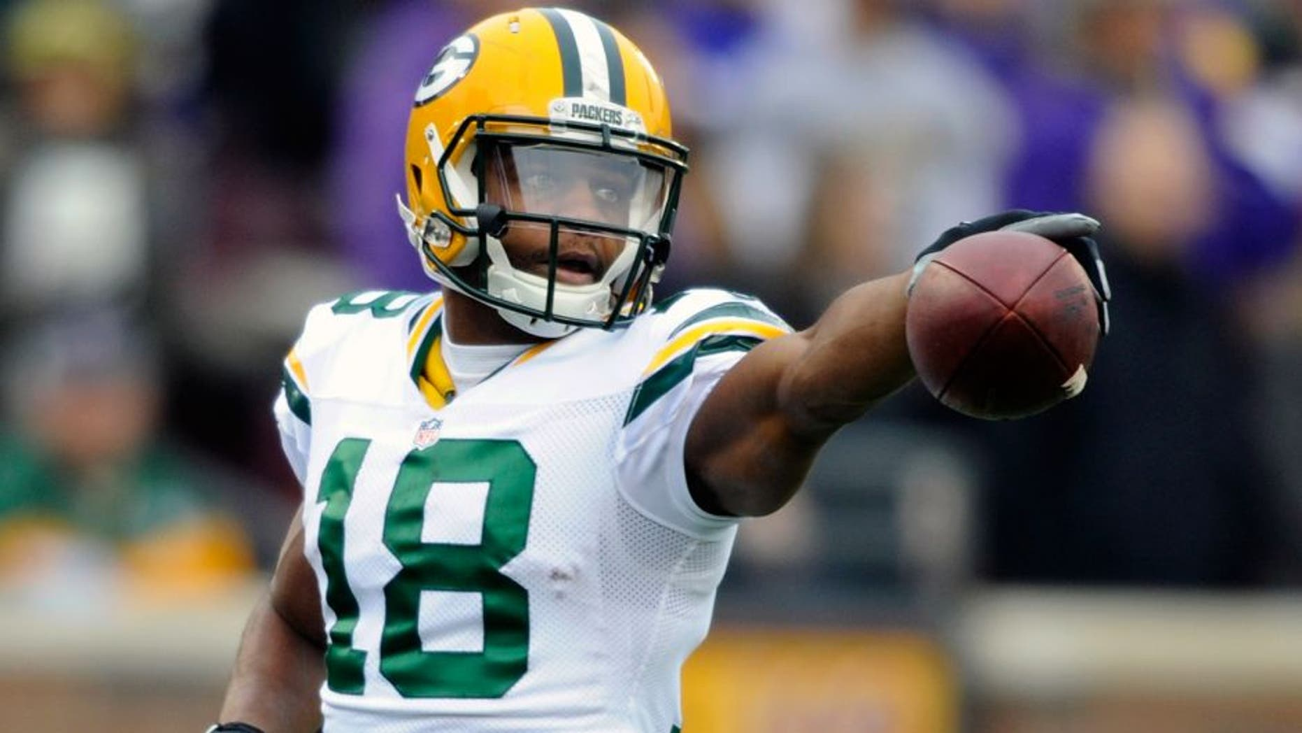 MINNEAPOLIS, MN - NOVEMBER 23: Randall Cobb #18 of the Green Bay Packers celebrates a play against the Minnesota Vikings during the first quarter of the game on November 23, 2014 at TCF Bank Stadium in Minneapolis, Minnesota. The Packers defeated the Vikings 24-21. (Photo by Hannah Foslien/Getty Images)
