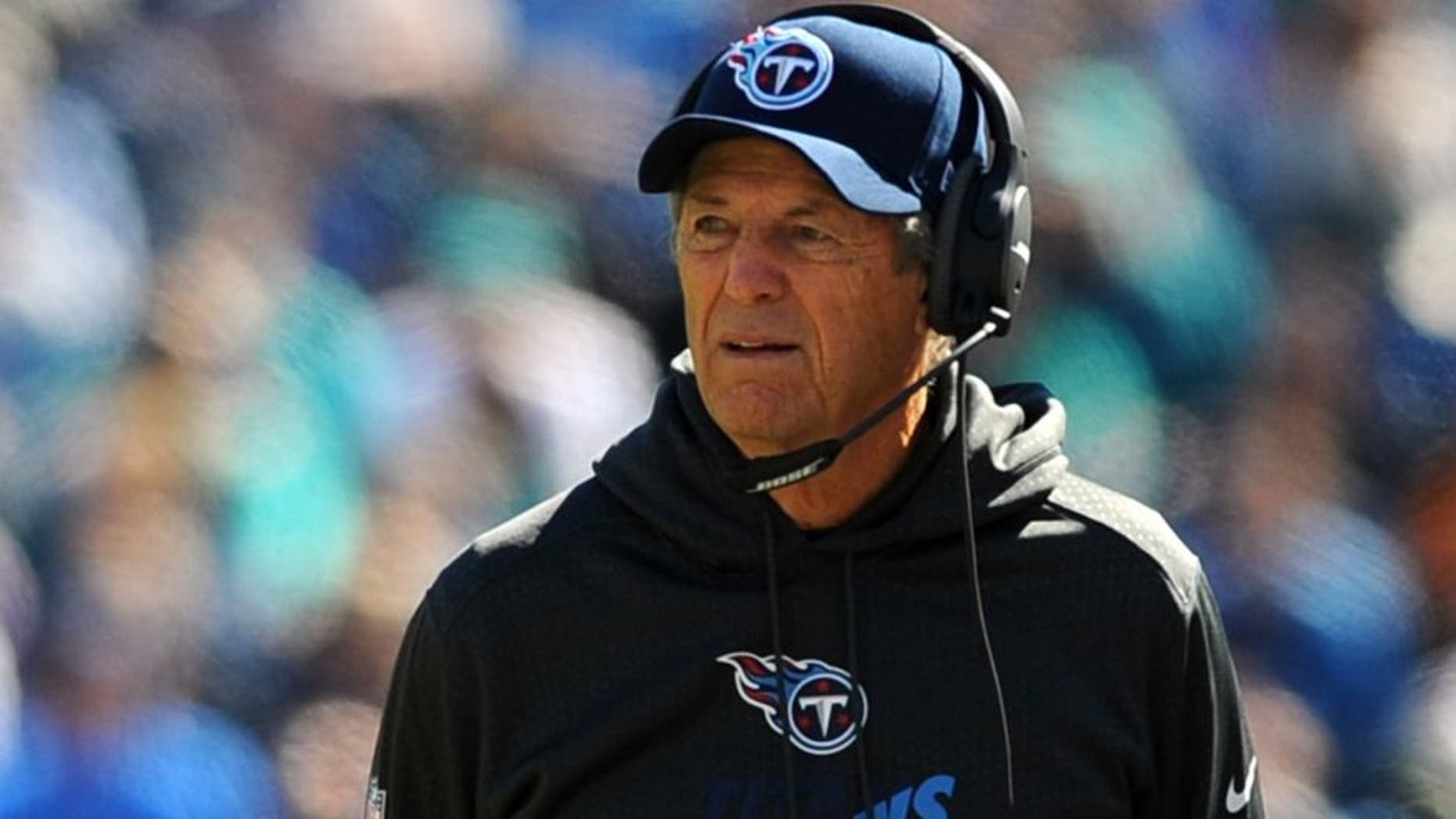 Oct 18, 2015; Nashville, TN, USA; Tennessee Titans assistant head coach Dick LeBeau during the first half against the Miami Dolphins at Nissan Stadium. Mandatory Credit: Christopher Hanewinckel-USA TODAY Sports