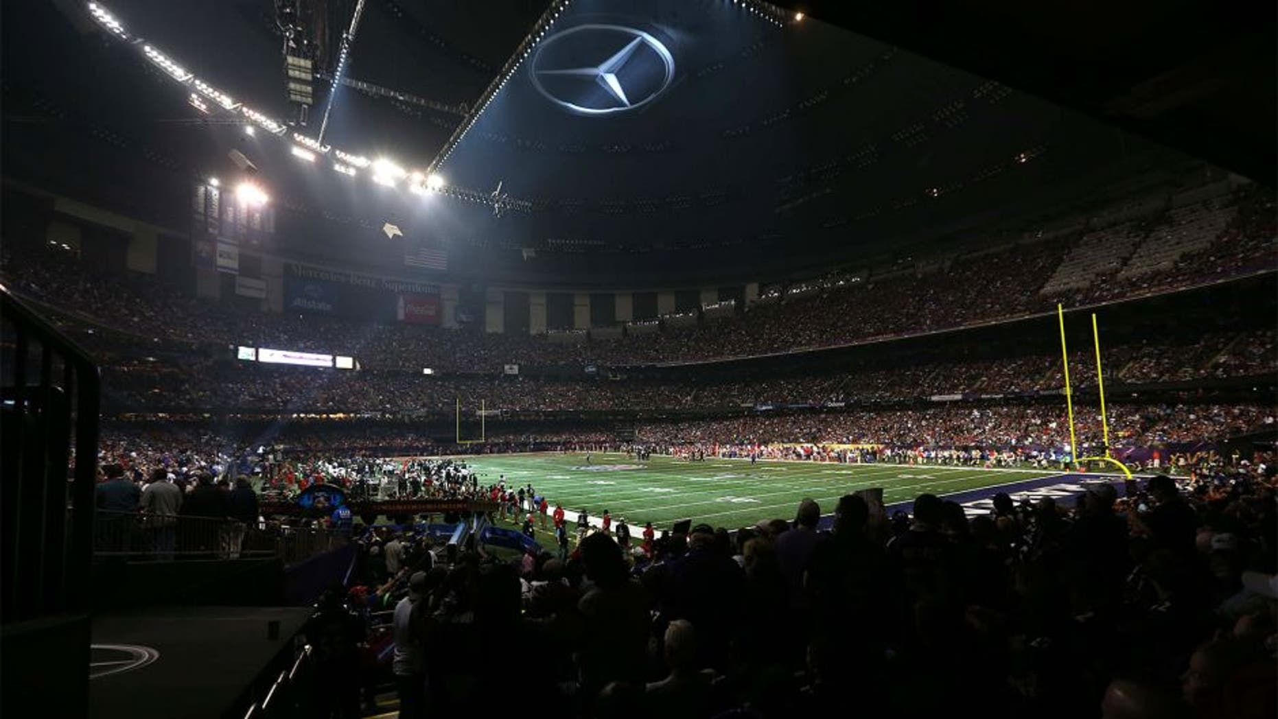 Feb 3, 2013; New Orleans, LA, USA; General view of the power outage during the third quarter in Super Bowl XLVII between the San Francisco 49ers and the Baltimore Ravens at the Mercedes-Benz Superdome. Mandatory Credit: Crystal LoGiudice-USA TODAY Sports