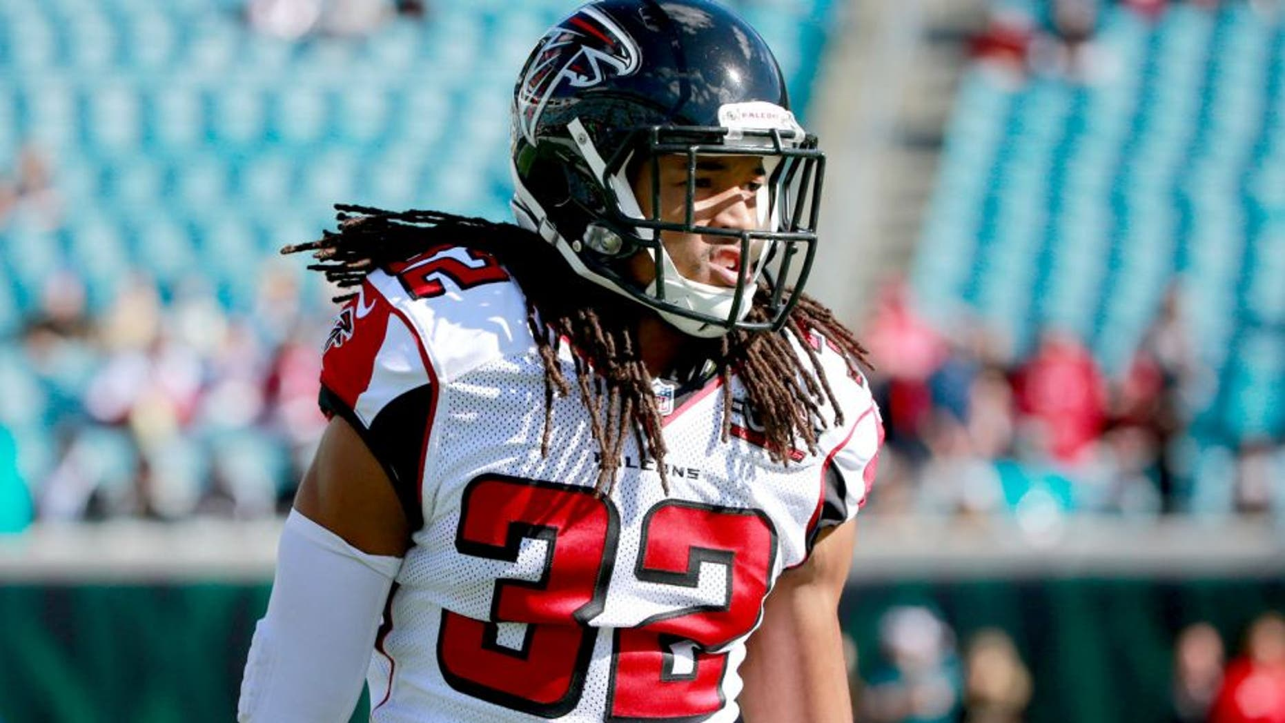 Dec 20, 2015; Jacksonville, FL, USA; Atlanta Falcons cornerback Jalen Collins (32) works out prior to the game at EverBank Field. Mandatory Credit: Kim Klement-USA TODAY Sports