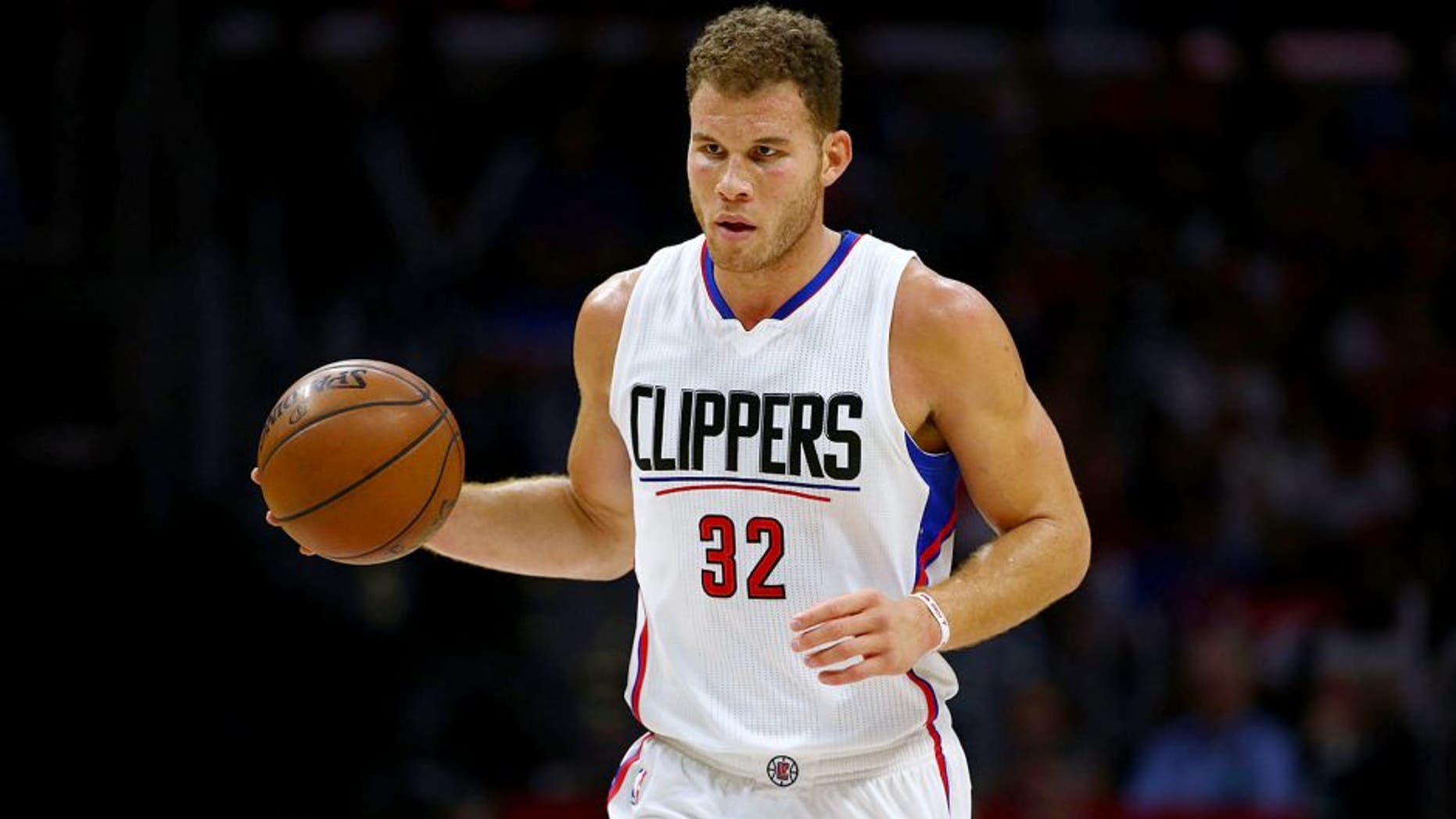 LOS ANGELES, CA - NOVEMBER 14: Blake Griffin #32 of the Los Angeles Clippers dribbles the ball upcourt in the second half of the NBA game against the Detroit Pistons at Staples Center on November 14, 2015 in Los Angeles, California. The Clippers defeated the Pistons 101-96. NOTE TO USER: User expressly acknowledges and agrees that, by downloading and or using this photograph, User is consenting to the terms and conditions of the Getty Images License Agreement. (Photo by Victor Decolongon/Getty Images)