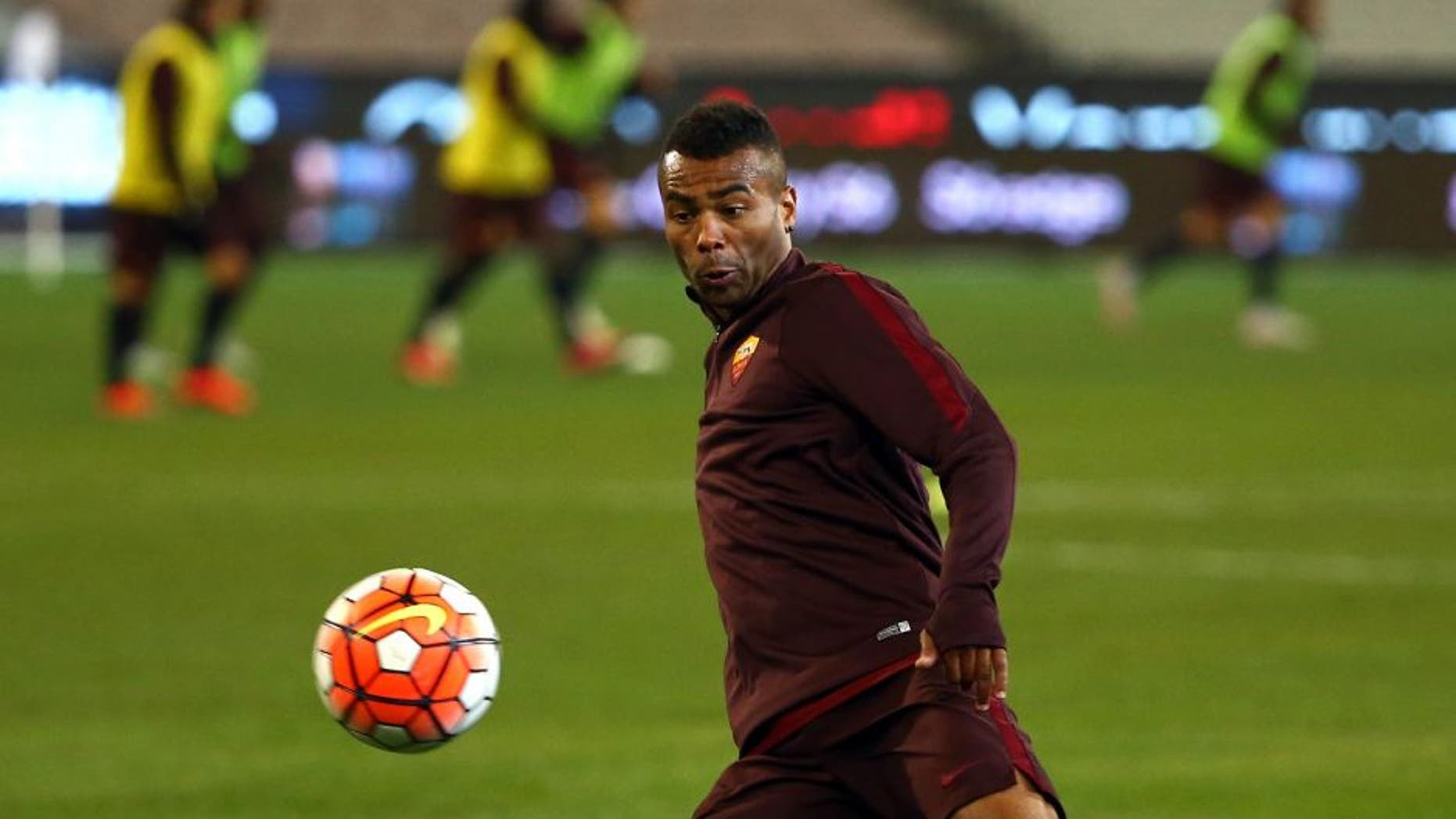MELBOURNE, AUSTRALIA - JULY 17: Ashley Cole of AS Roma kicks the ball during an AS Roma training session at Melbourne Cricket Ground on July 17, 2015 in Melbourne, Australia. (Photo by Robert Cianflone/Getty Images)