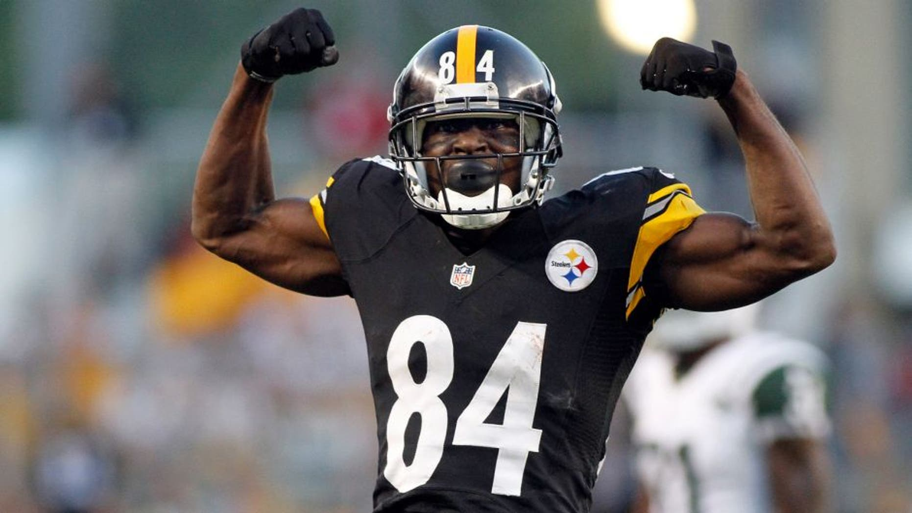 PITTSBURGH, PA - SEPTEMBER 16: Antonio Brown #84 of the Pittsburgh Steelers reacts after making a catch in the second half against the New York Jets during the game on September 16, 2012 at Heinz Field in Pittsburgh, Pennsylvania. The Steelers defeated the Jets 27-10. (Photo by Justin K. Aller/Getty Images)