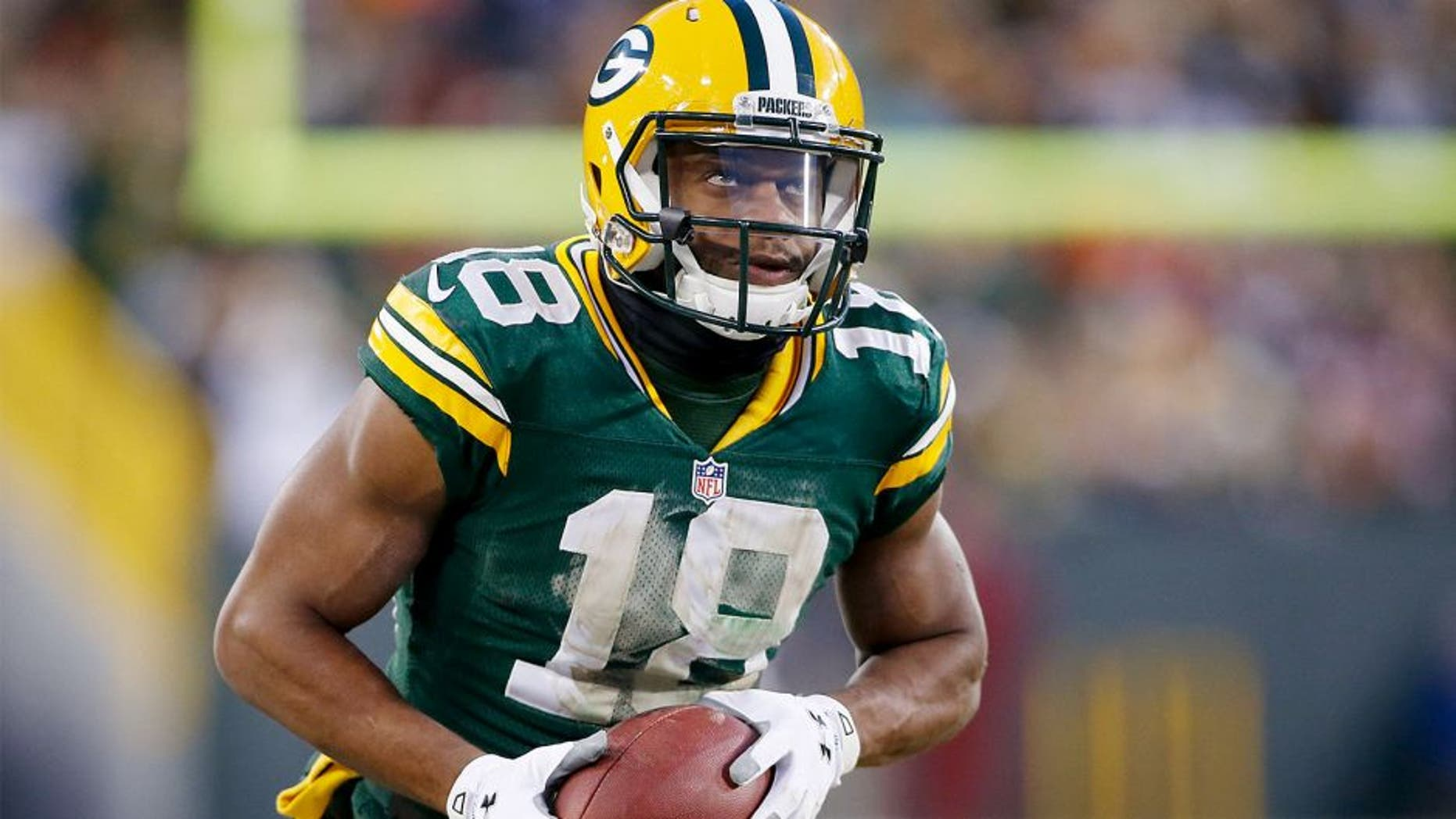Nov 30, 2014; Green Bay, WI, USA; Green Bay Packers wide receiver Randall Cobb (18) during the game against the New England Patriots at Lambeau Field. Mandatory Credit: Chris Humphreys-USA TODAY Sports