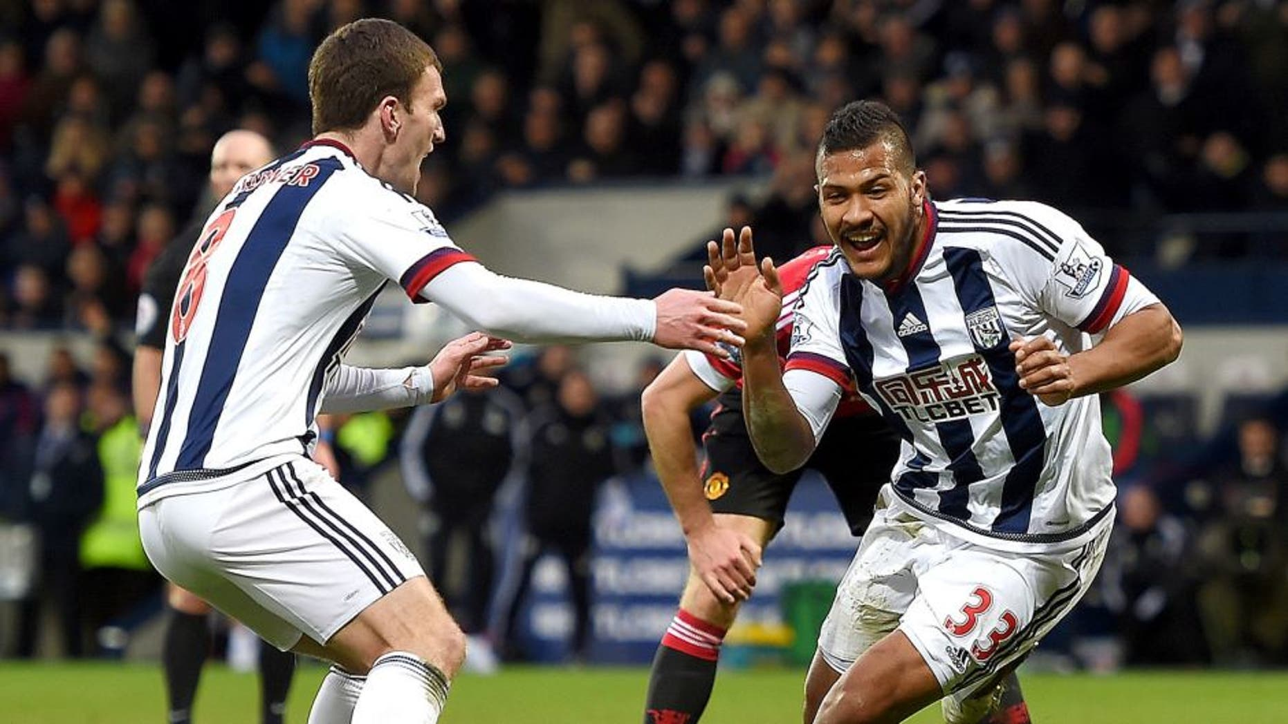 WEST BROMWICH, ENGLAND - MARCH 06: Salomon Rondon of West Bromwich Albion celebrates scoring the opening goal during the Barclays Premier League match between West Bromwich Albion and Manchester United at The Hawthorns on March 6, 2016 in West Bromwich, England. (Photo by Michael Regan/Getty Images)