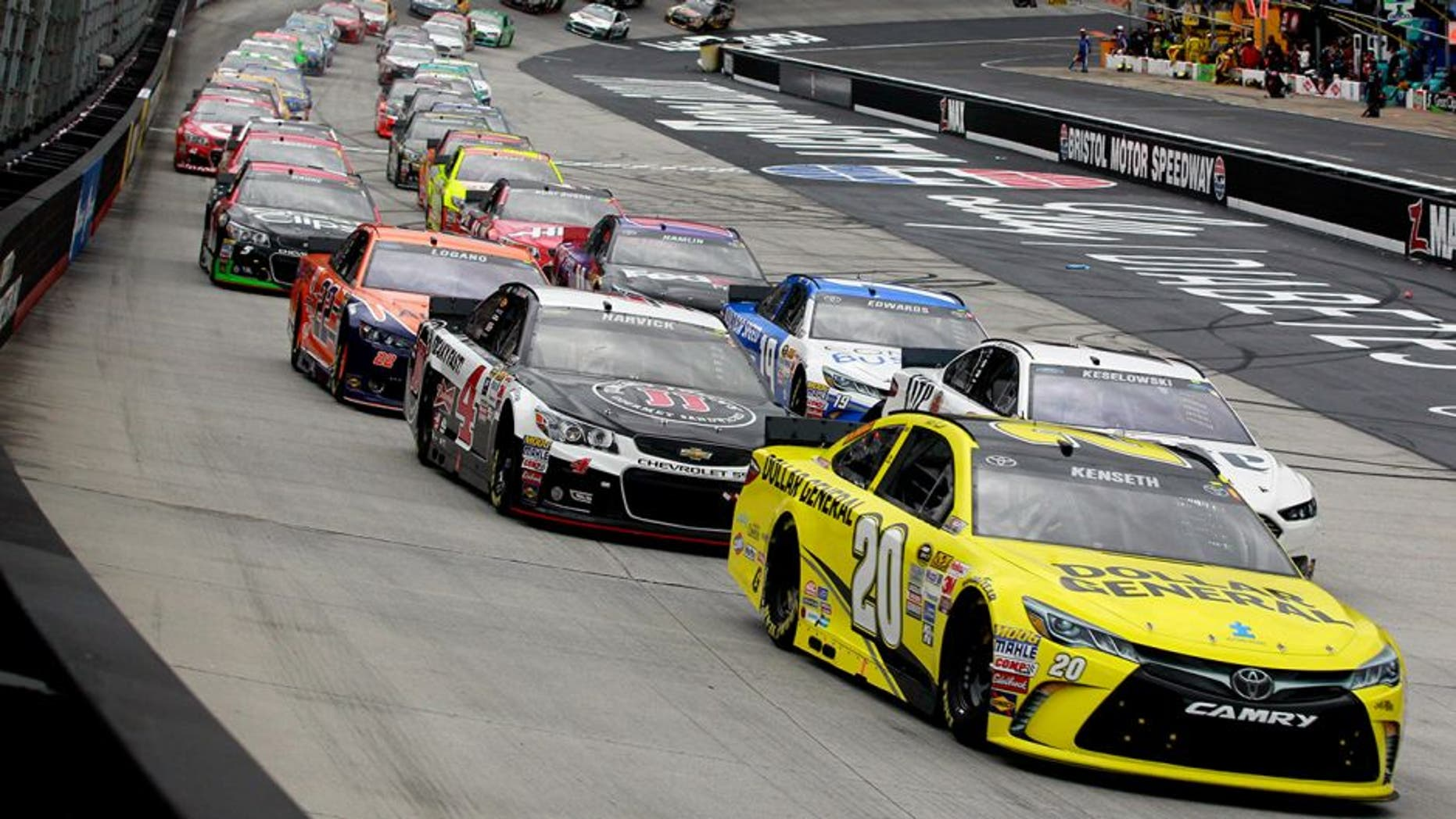 BRISTOL, TN - APRIL 19: Matt Kenseth, driver of the #20 Dollar General Toyota, leads the field to start the NASCAR Sprint Cup Series Food City 500 at Bristol Motor Speedway on April 19, 2015 in Bristol, Tennessee. (Photo by Brian Lawdermilk/Getty Images)