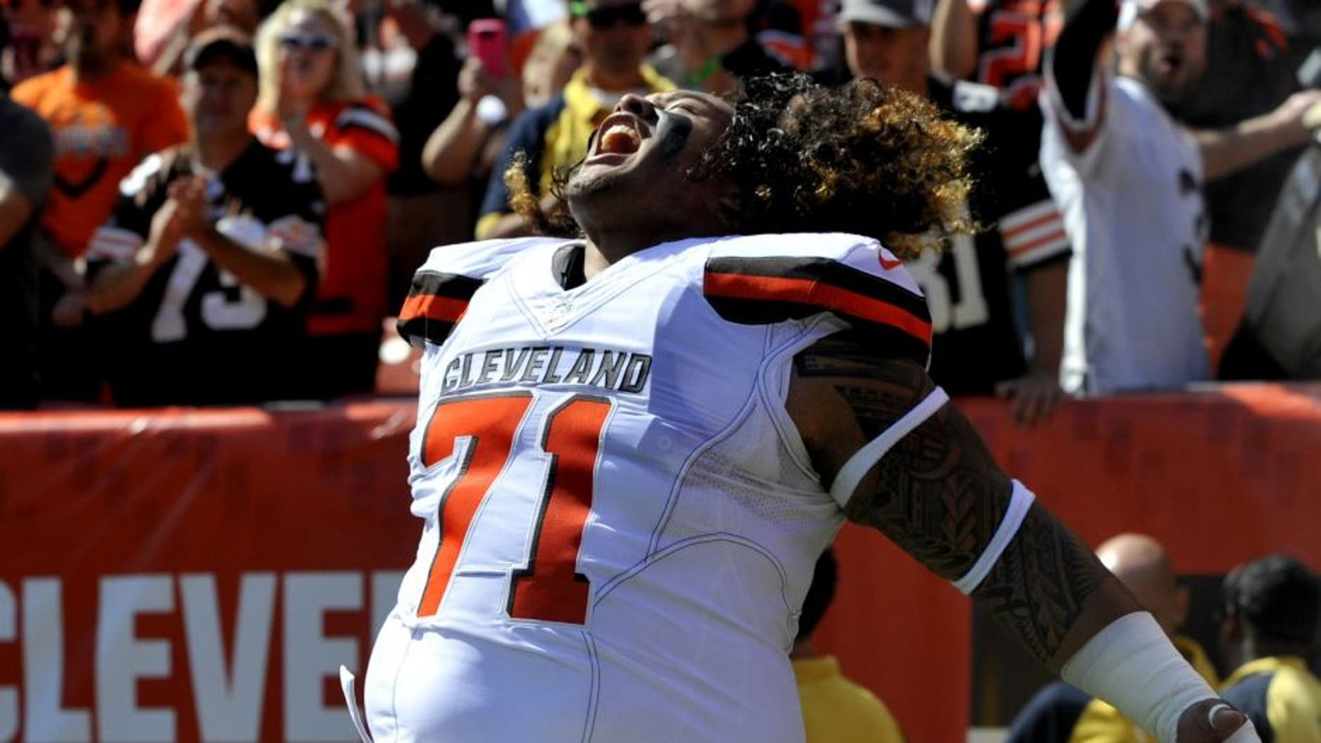 CLEVELAND, OH - SEPTEMBER 20, 2015: Defensive tackle Danny Shelton #71 of the Cleveland Browns screams as he is introduced to the crowd prior to a game against the Tennessee Titans on September 20, 2015 at FirstEnergy Stadium in Cleveland, Ohio. Cleveland won 28-14. (Photo by Nick Cammett/Diamond Images/Getty Images) *** Local Caption *** Danny Shelton