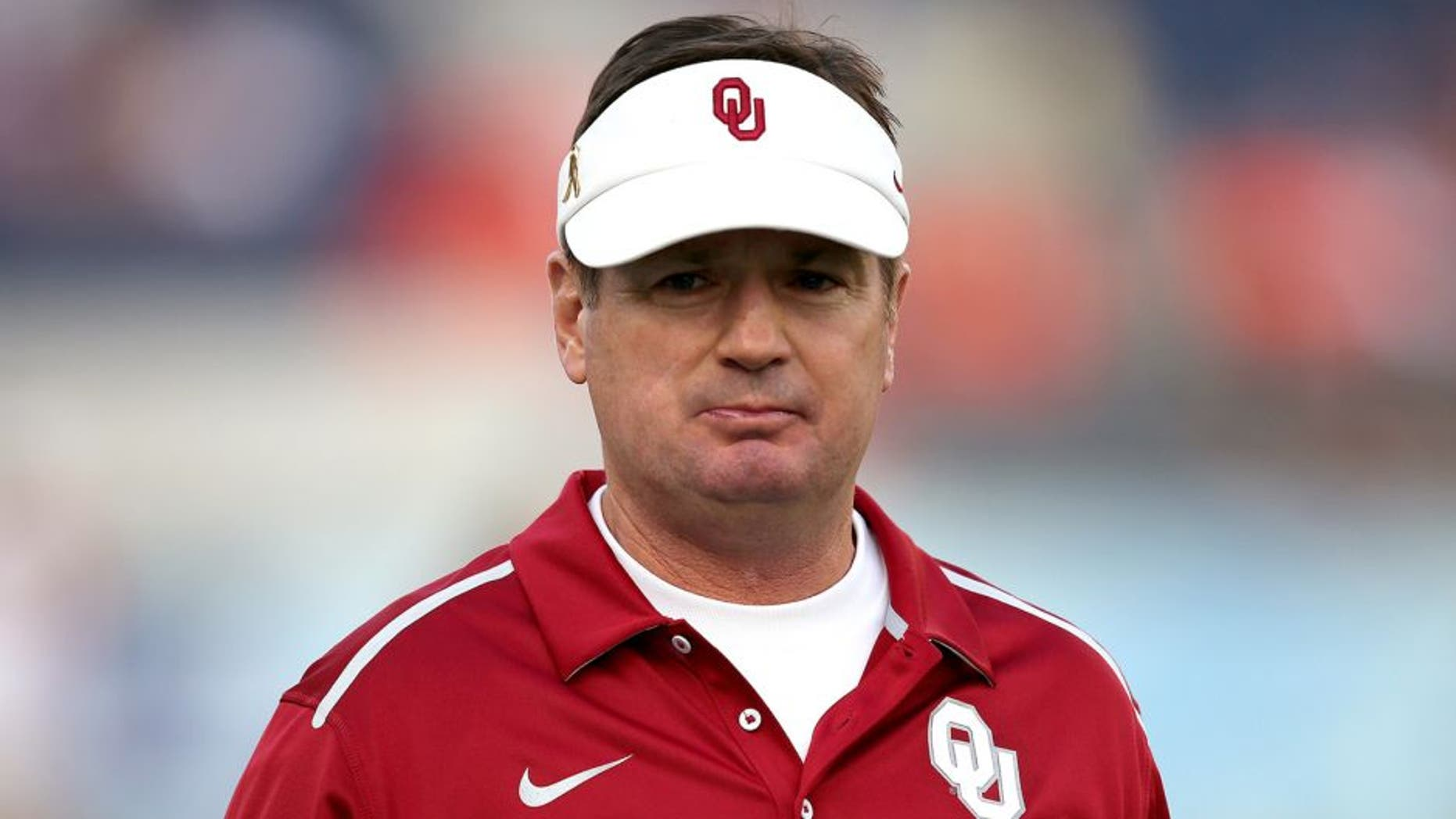 Head coach Bob Stoops of the Oklahoma Sooners is seen during the NCAA Russell Athletic Bowl between the Clemson Tigers and the Oklahoma Sooners on December 29, 2014 in Orlando, Florida. Clemson won the game by a score of 40-6. (Photo by Alex Menendez/Getty Images)