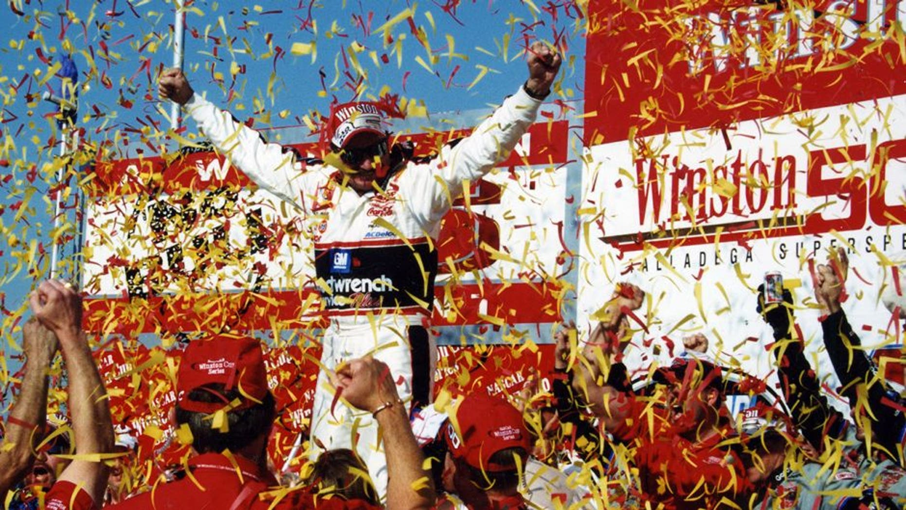 TALLADEGA, AL - OCTOBER 15, 2000: Dale Earnhardt won the seasonÕs final No Bull 5 event, his first for the special million-dollar bonus. This was his 10th career victory at Talladega. (Photo by ISC Archives via Getty Images)