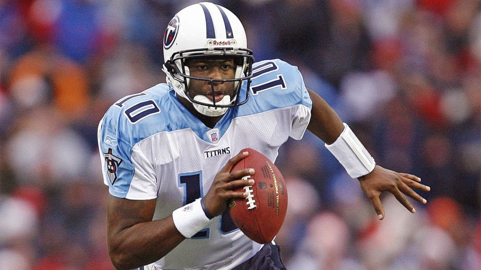 Titans' Vince Young during a game between the Buffalo Bills and the Tennessee Titans, Orchard Park, New York, Sunday, December 24, 2006. The Titans won 30-29. (Photo by Jim Rogash/Getty Images)