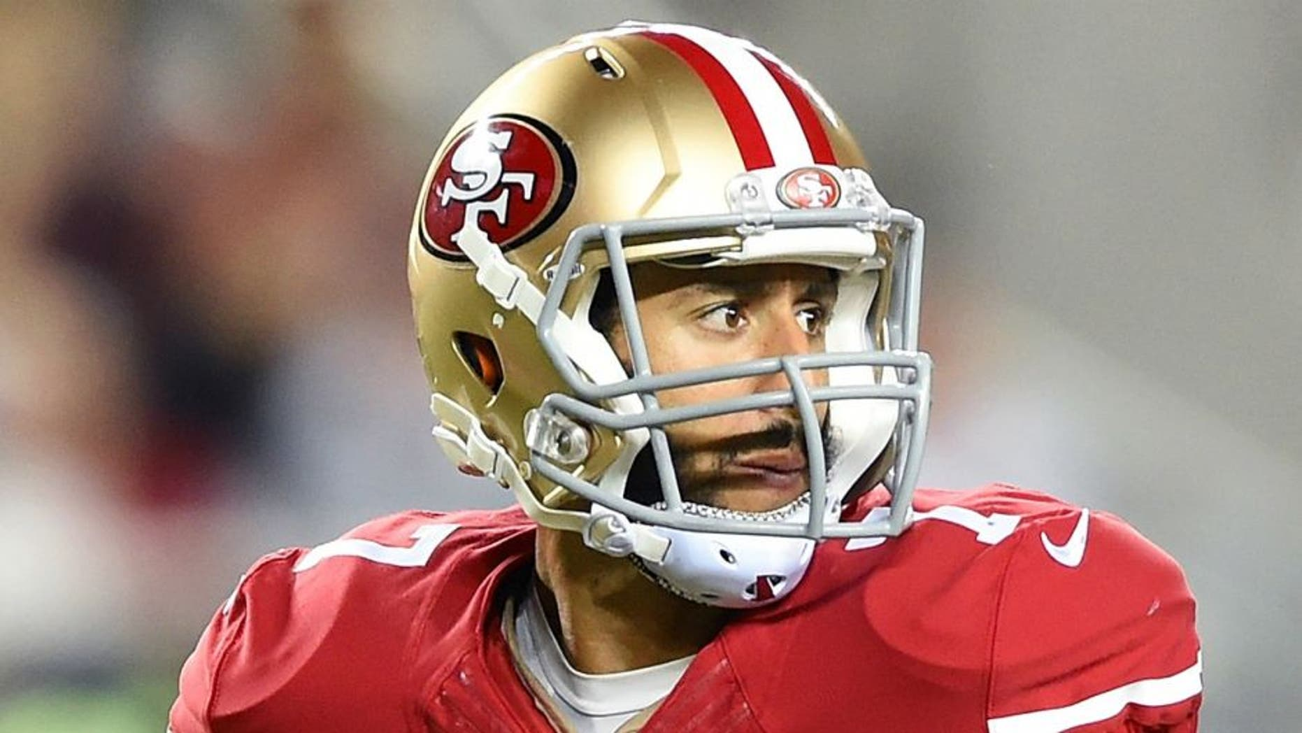 SANTA CLARA, CA - OCTOBER 22: Colin Kaepernick #7 of the San Francisco 49ers looks to pass against the Seattle Seahawks during an NFL football game at Levi's Stadium on October 22, 2015 in Santa Clara, California. (Photo by Thearon W. Henderson/Getty Images)