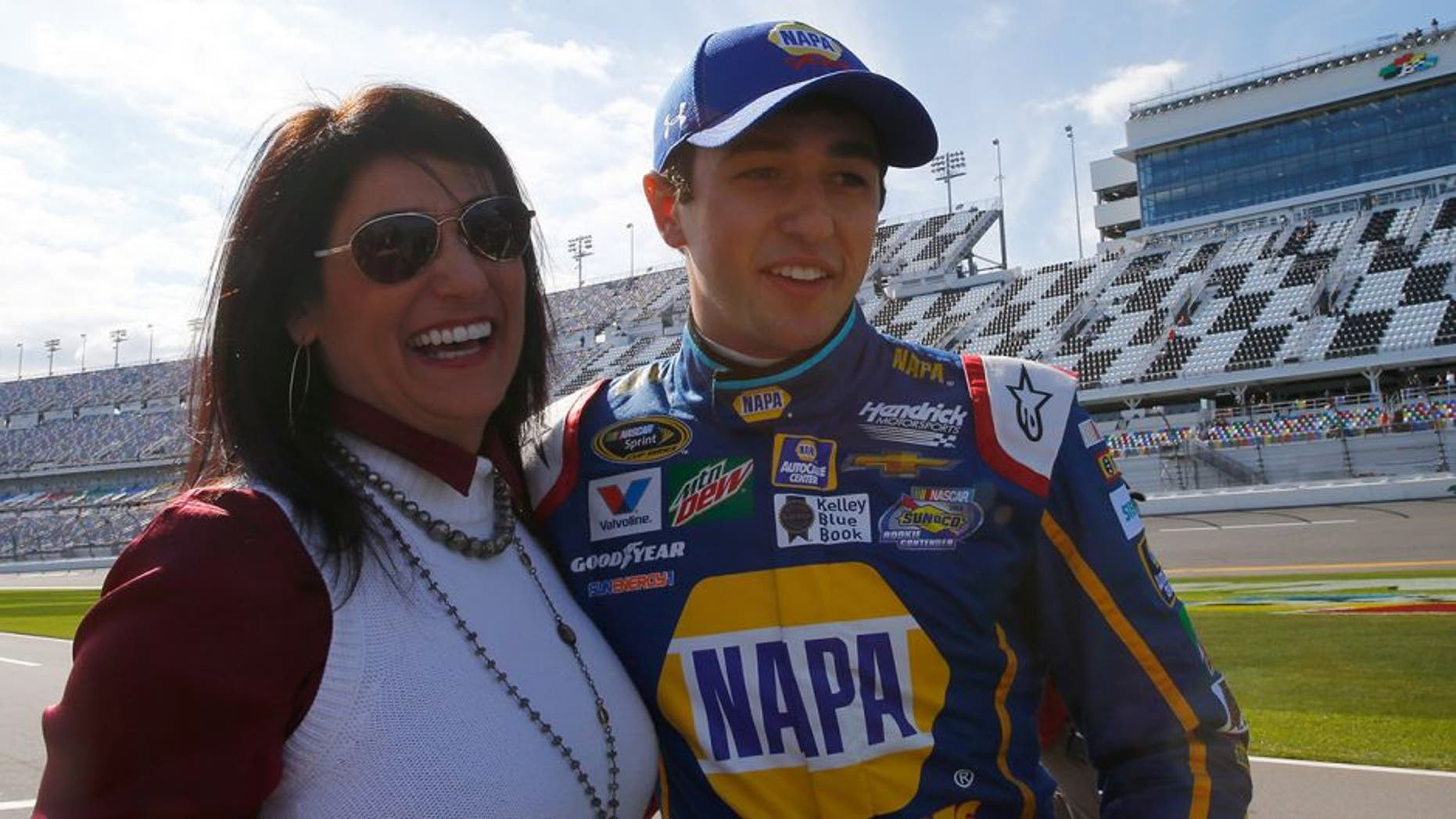 DAYTONA BEACH, FL - FEBRUARY 14: Chase Elliott, driver of the #24 NAPA Auto Parts Chevrolet, hugs his mother Cindy Elliott after winning the Pole Award and qualifying for the NASCAR Sprint Cup Series Daytona 500 at Daytona International Speedway on February 14, 2016 in Daytona Beach, Florida. (Photo by Jonathan Ferrey/NASCAR via Getty Images)