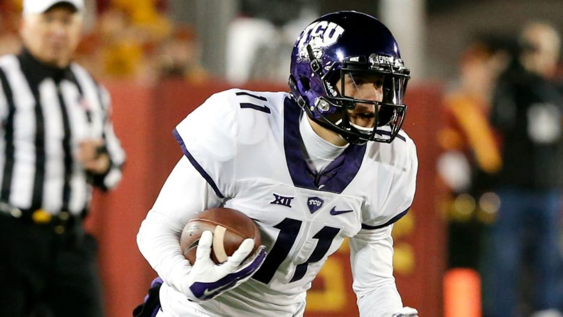 AMES, IA -- OCTOBER 17: Quarterback Zach Allen #11 of the TCU Horned Frogs scrambles for yards in the second half of play at Jack Trice Stadium on October 17, 2015 in Ames, Iowa. TCU defeated Iowa State 45-21. (Photo by David K Purdy/Getty Images) *** Local Caption *** Zach Allen;