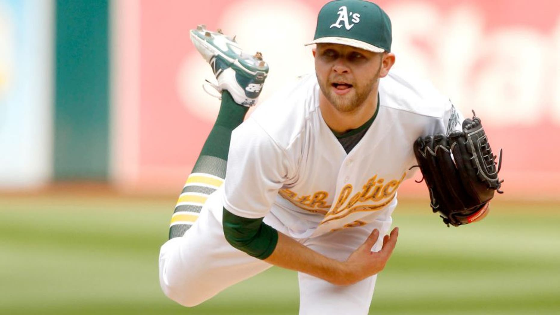 May 25, 2015; Oakland, CA, USA; Oakland Athletics pitcher Jesse Hahn (32) follows through on a pitch against the Detroit Tigers in the third inning at O.co Coliseum. Mandatory Credit: Cary Edmondson-USA TODAY Sports