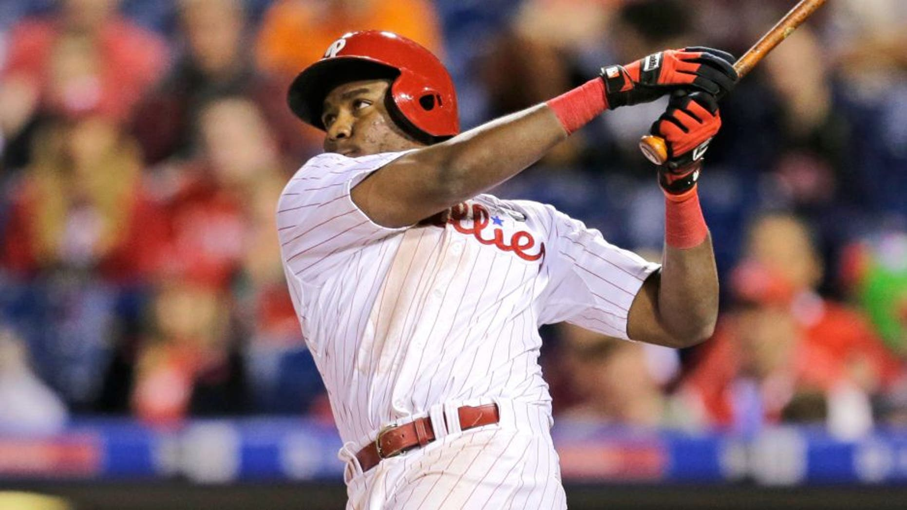 PHILADELPHIA - JUNE 3: Maikel Franco #7 of the Philadelphia Phillies hits a game tying three-run home run in the ninth inning during a game against the Cincinnati Reds at Citizens Bank Park on June 3, 2015 in Philadelphia, Pennsylvania. The Phillies won 5-4 in 11 innings. (Photo by Hunter Martin/Getty Images)
