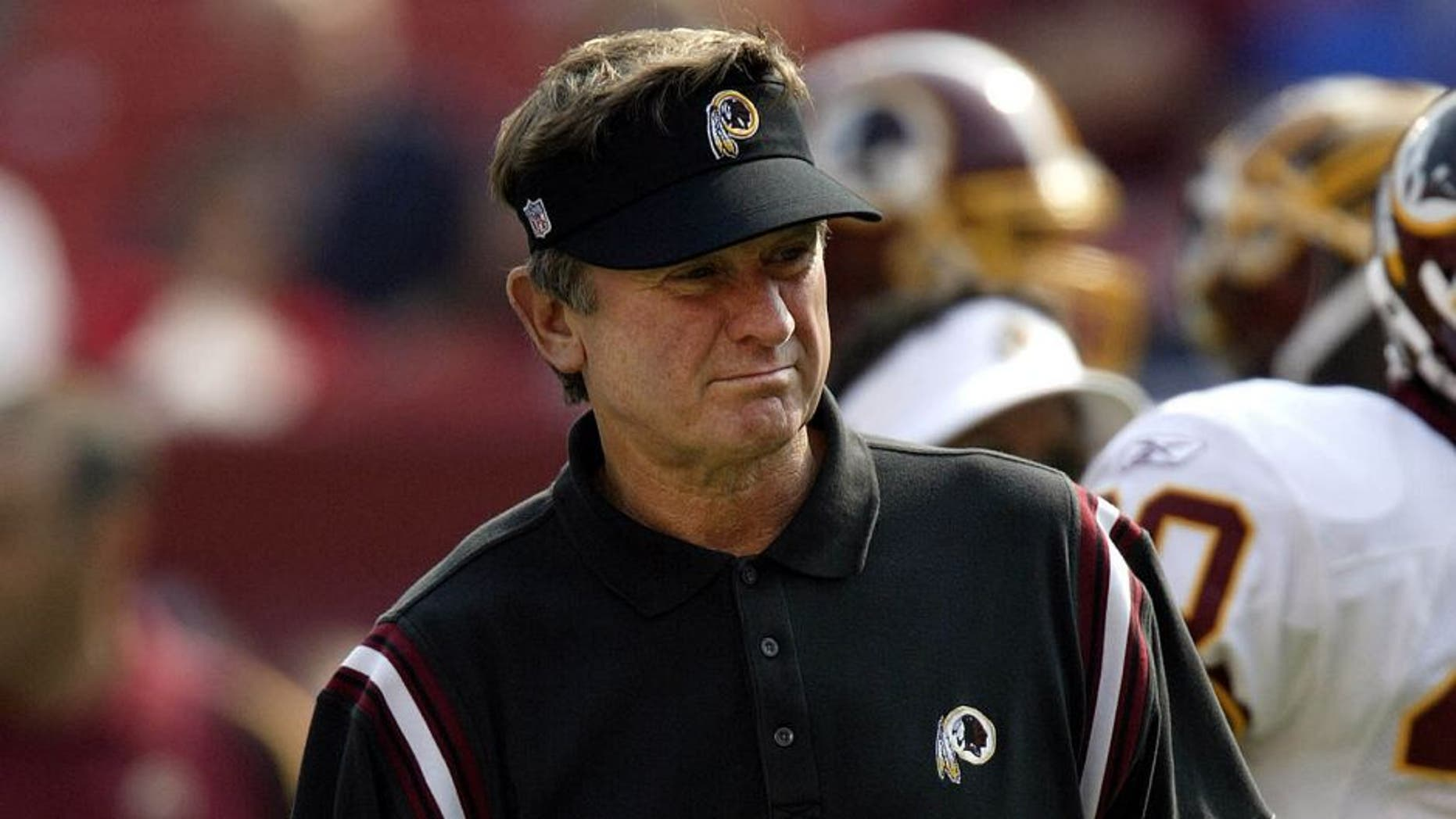 21 Sept 2003: Head coach Steve Spurrier of the Washington Redskins during the Skins' 24-21 loss to the New York Giants at Fedex Field in Washington, DC. Mandatory Credit: Bob Leverone/Sporting News/Icon SMI