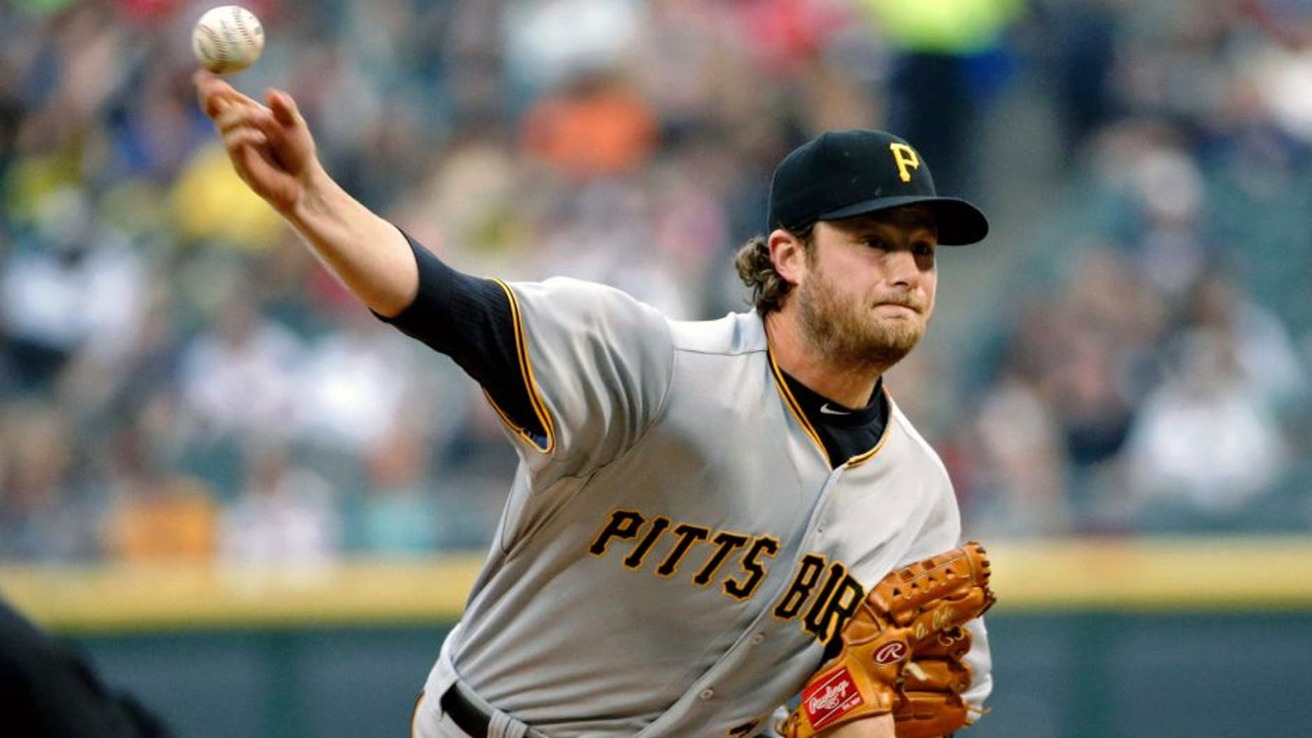 CHICAGO, IL - JUNE 18: Gerrit Cole #45 of the Pittsburgh Pirates pitches against the Chicago White Sox during the first inning at U.S. Cellular Field on June 18, 2015 in Chicago, Illinois. (Photo by Jon Durr/Getty Images)