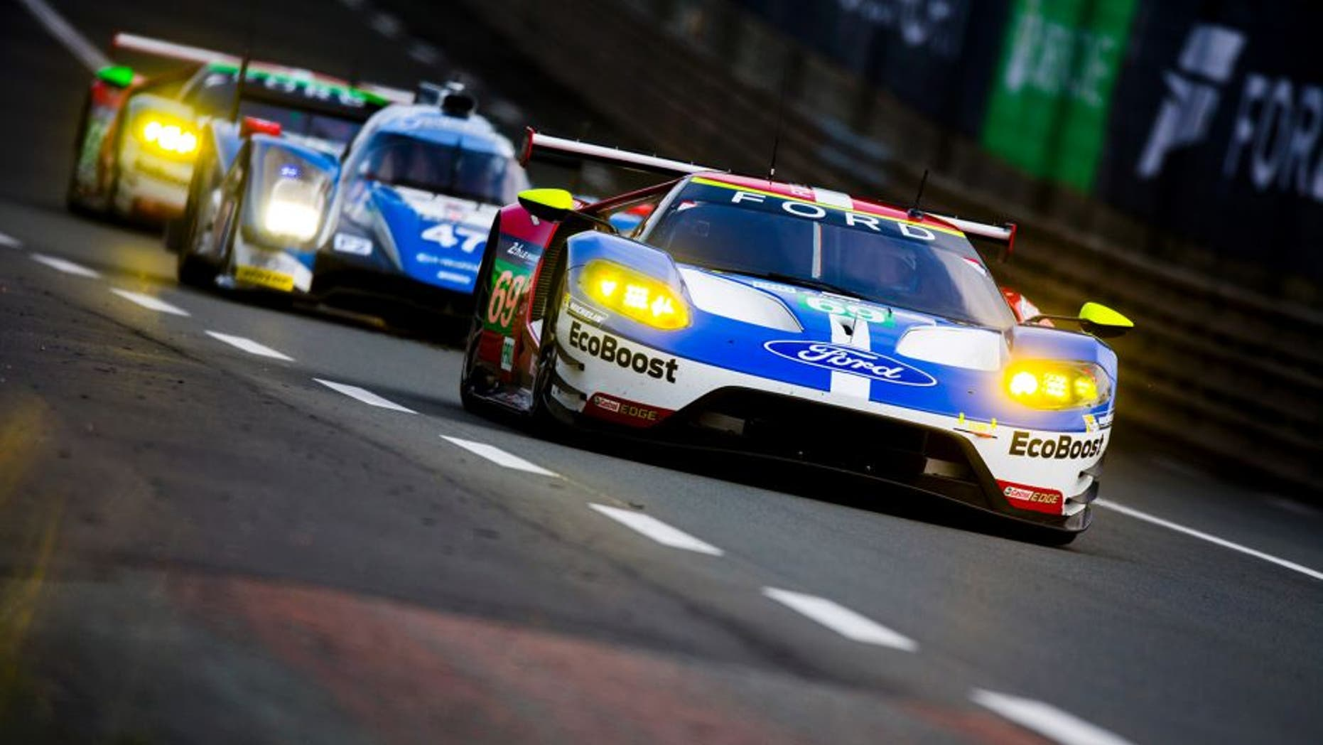 2016 Le Mans 24 Hours. Circuit de la Sarthe, Le Mans, France. Saturday 18 June 2016. Ford Chip Ganassi Team USA / Ford GT - Ryan Briscoe (AUS), Richard Westbrook (GBR), Scott Dixon (NZL). World Copyright: Zak Mauger/LAT Photographic ref: Digital Image _79P6705