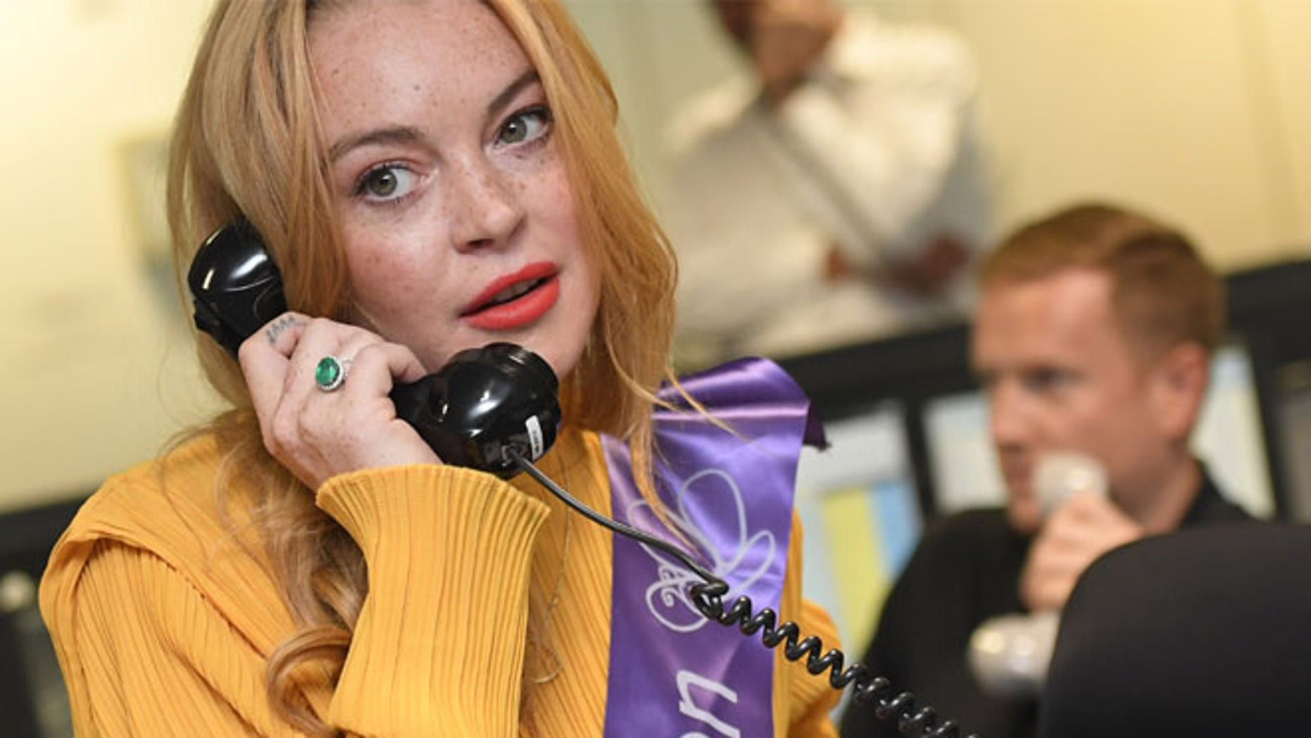 Social media posts spurred rumors that Lindsay Lohan converted to Islam this weekend.