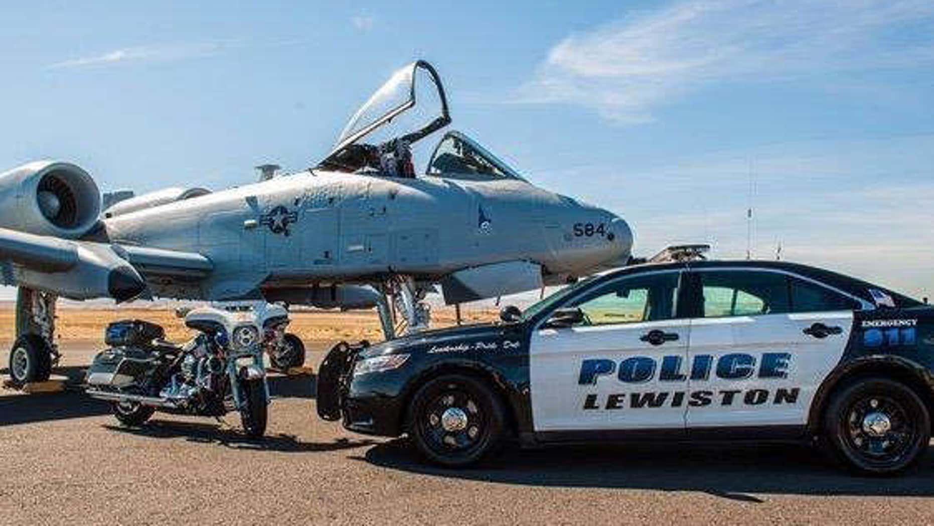 Lewiston, ID police.