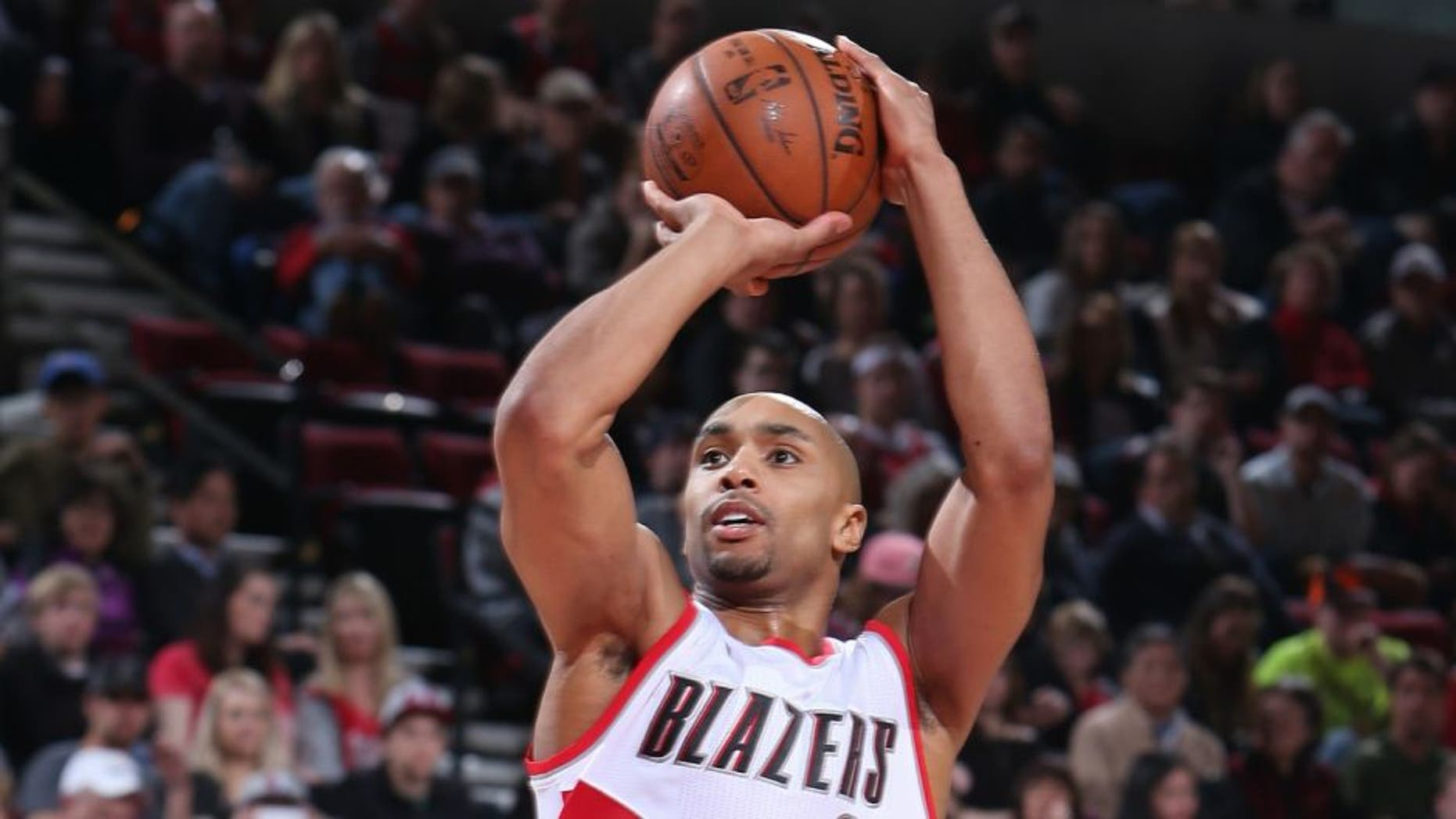 PORTLAND, OR - MARCH 26: Gerald Henderson #9 of the Portland Trail Blazers shoots the ball against the Philadelphia 76ers on March 26, 2016 at the Moda Center in Portland, Oregon. NOTE TO USER: User expressly acknowledges and agrees that, by downloading and or using this Photograph, user is consenting to the terms and conditions of the Getty Images License Agreement. Mandatory Copyright Notice: Copyright 2016 NBAE (Photo by Sam Forencich/NBAE via Getty Images)