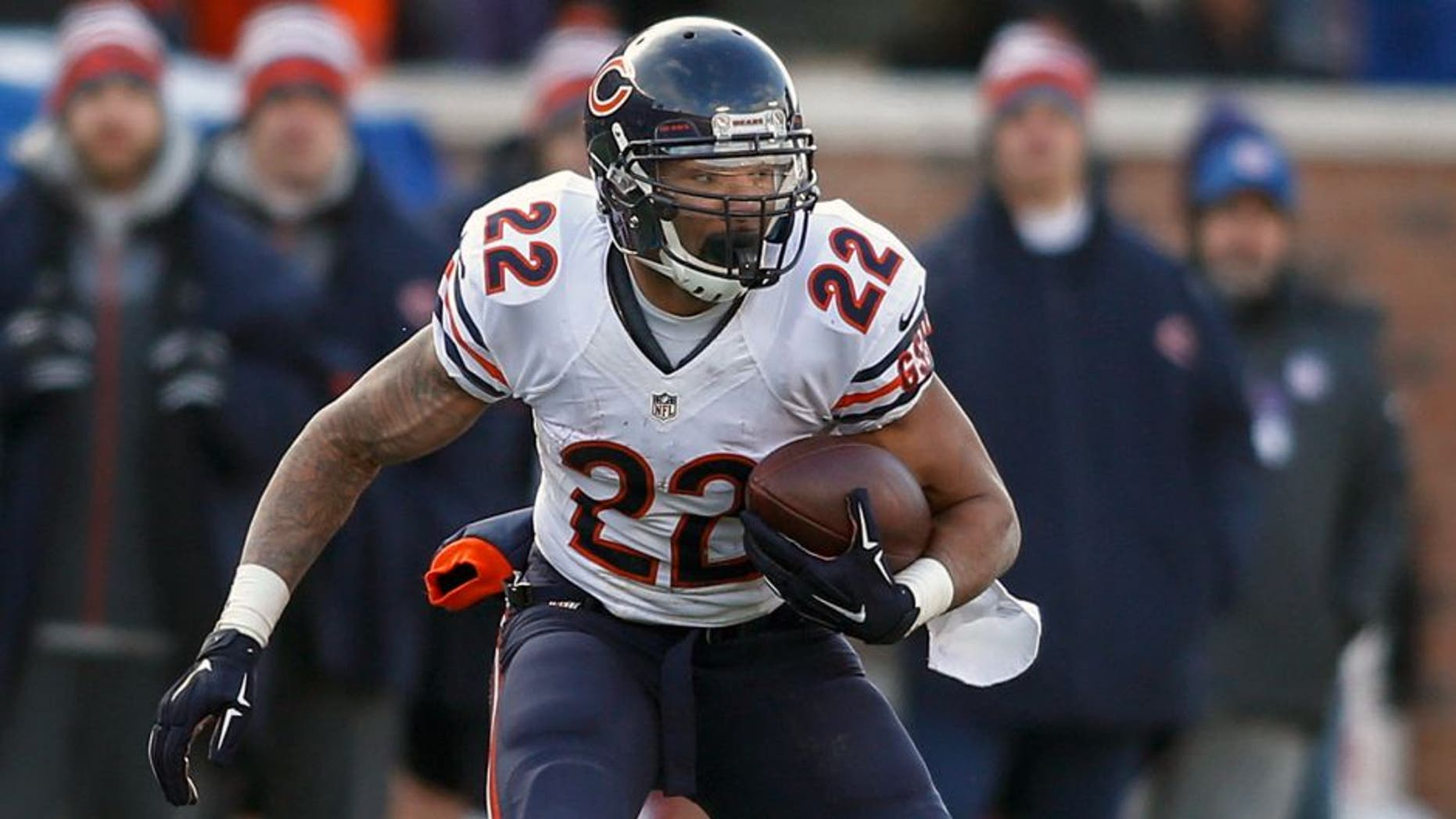 Dec 28, 2014; Minneapolis, MN, USA; Chicago Bears running back Matt Forte (22) catches a pass against the Minnesota Vikings in the third quarter at TCF Bank Stadium. The Vikings win 13-9. Mandatory Credit: Bruce Kluckhohn-USA TODAY Sports