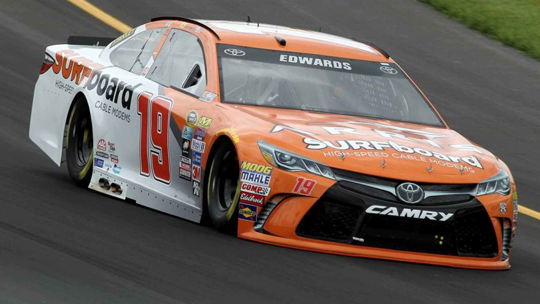 SPARTA, KY - JULY 07: Carl Edwards, driver of the #19 ARRIS Surfboard Toyota, practices for the NASCAR Sprint Cup Series Quaker State 400 at Kentucky Speedway on July 7, 2016 in Sparta, Kentucky. (Photo by Dylan Buell/Getty Images)