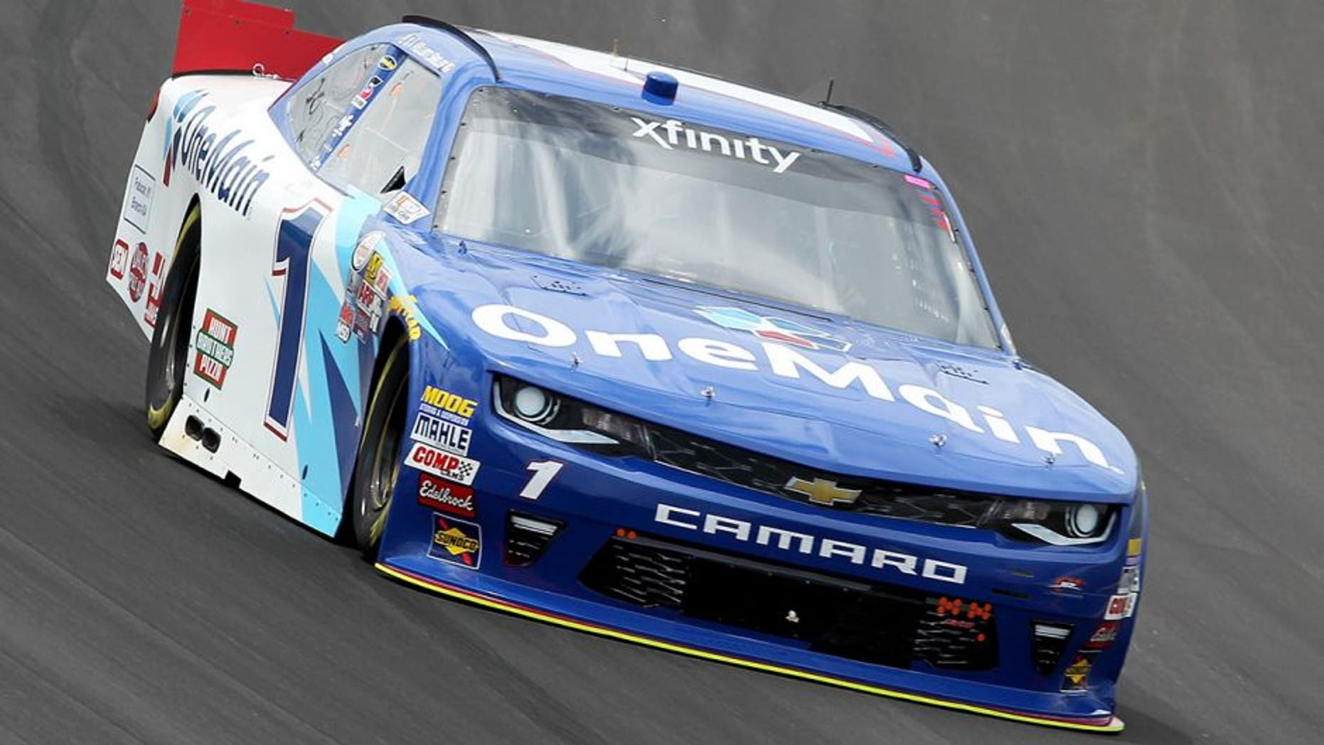SPARTA, KY - JULY 07: Elliott Sadler, driver of the #1 OneMain Chevrolet, practices for the NASCAR XFINITY Series Alsco 300 at Kentucky Speedway on July 7, 2016 in Sparta, Kentucky. (Photo by Dylan Buell/Getty Images)