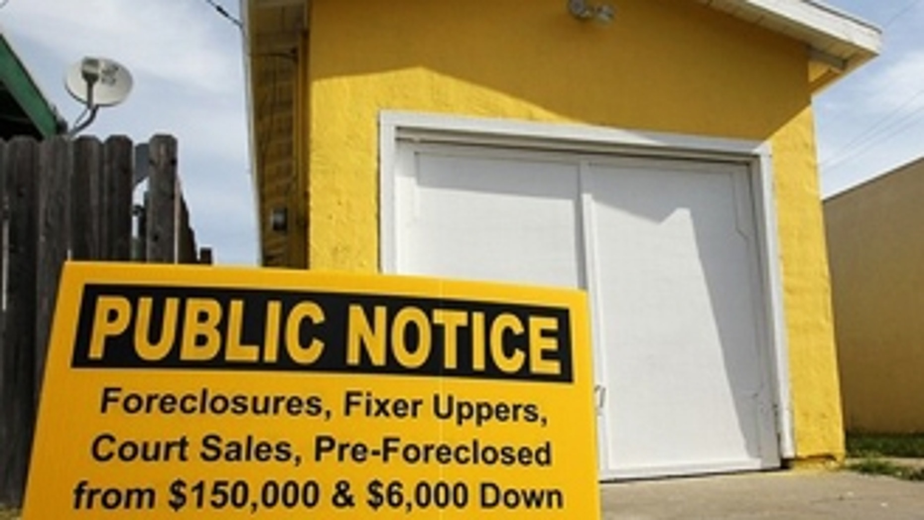 RICHMOND, CA - APRIL 15:  A sign is posted in front of a foreclosed home April 15, 2010 in Richmond, California. Home foreclosure notices surged nearly 19 percent in March with 367,056 residential properties defaulting on loans, the highest monthly total since 2005.  (Photo by Justin Sullivan/Getty Images)