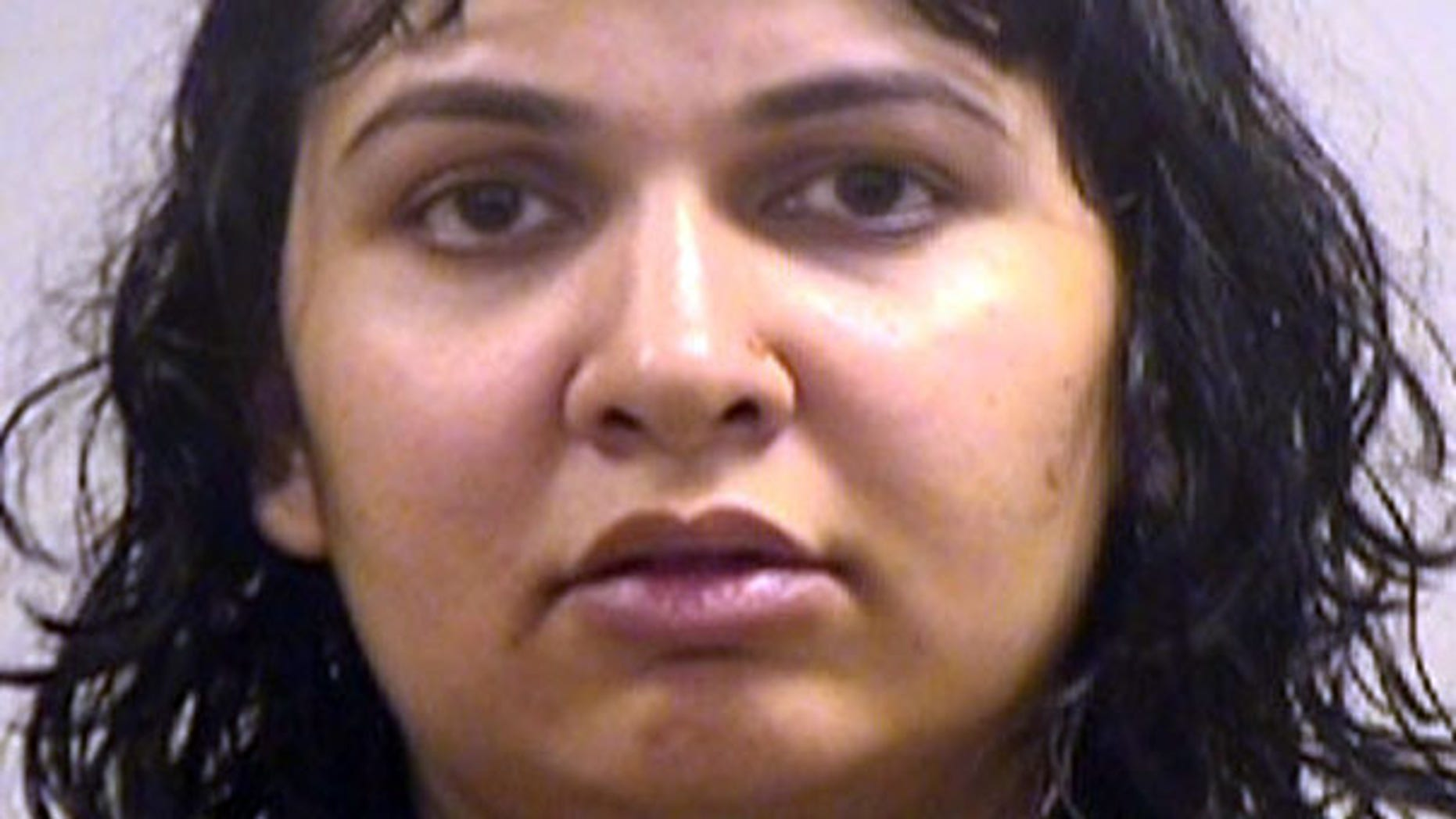 Saiqa Akhter, 30, called Texas police after she strangled her two children, killing her 5-year-old son, police officials said.