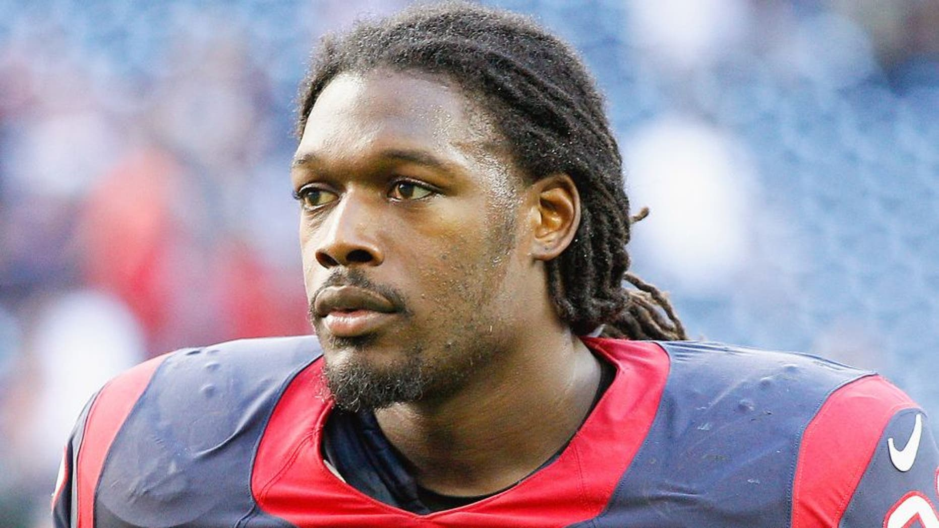 HOUSTON, TX - NOVEMBER 23: Jadeveon Clowney #90 of the Houston Texans leaves the field after 22-13 loss to the Cincinnati Bengals at NRG Stadium on November 23, 2014 in Houston, Texas. (Photo by Bob Levey/Getty Images)