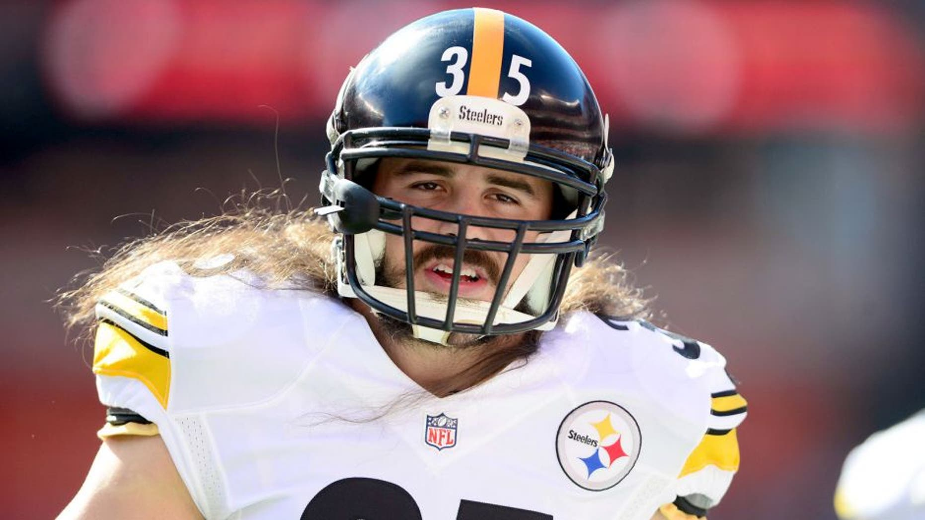 Oct 12, 2014; Cleveland, OH, USA; Pittsburgh Steelers safety Ross Ventrone (35) against the Cleveland Browns at FirstEnergy Stadium. Mandatory Credit: Andrew Weber-USA TODAY Sports