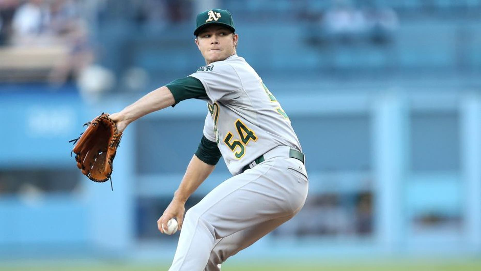LOS ANGELES, CA - JULY 28: Sonny Gray #54 of the Oakland Athletics throws a pitch against the Los Angeles Dodgers at Dodger Stadium on July 28, 2015 in Los Angeles, California. (Photo by Stephen Dunn/Getty Images)