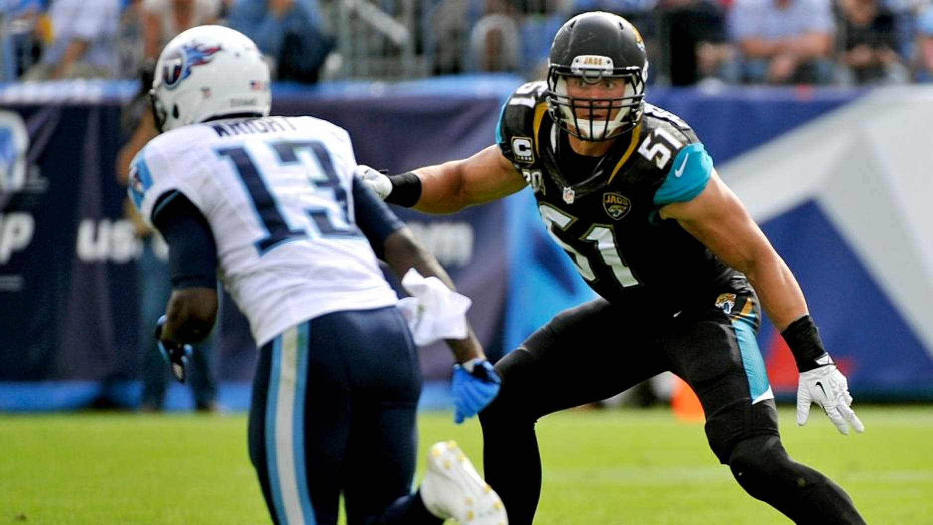 NASHVILLE, TN - OCTOBER 12: Paul Posluszny #51 of the Jacksonville Jaguars plays against the Tennessee Titans at LP Field on October 12, 2014 in Nashville, Tennessee. (Photo by Frederick Breedon/Getty Images)