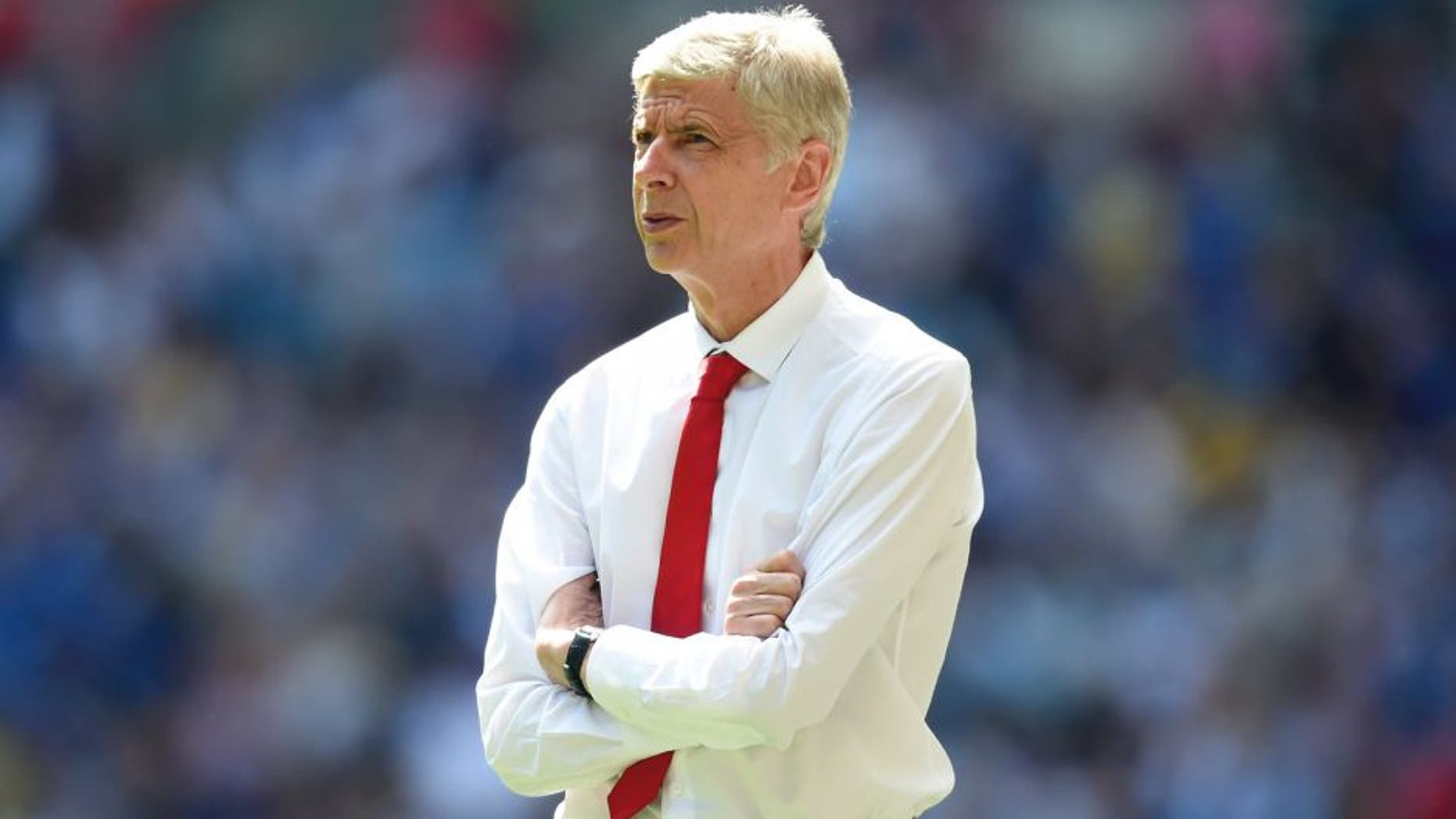 LONDON, ENGLAND - AUGUST 02: Arsene Wenger, Manager of Arsenal looks on during the FA Community Shield match between Chelsea and Arsenal at Wembley Stadium on August 2, 2015 in London, England. (Photo by Michael Regan - The FA/The FA via Getty Images)