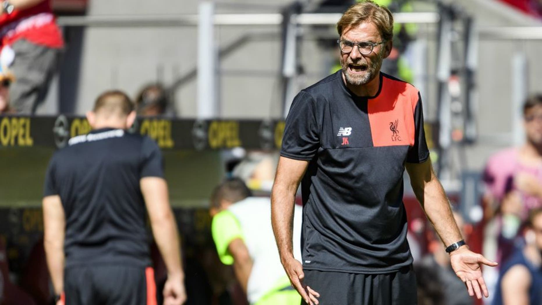 MAINZ, GERMANY - AUGUST 07: Head coach Juergen Klopp of Liverpool during the friendly match between 1. FSV Mainz 05 and Liverpool FC at Opel Arena on August 7, 2016 in Mainz, Germany. (Photo by Alexander Scheuber/Bongarts/Getty Images)
