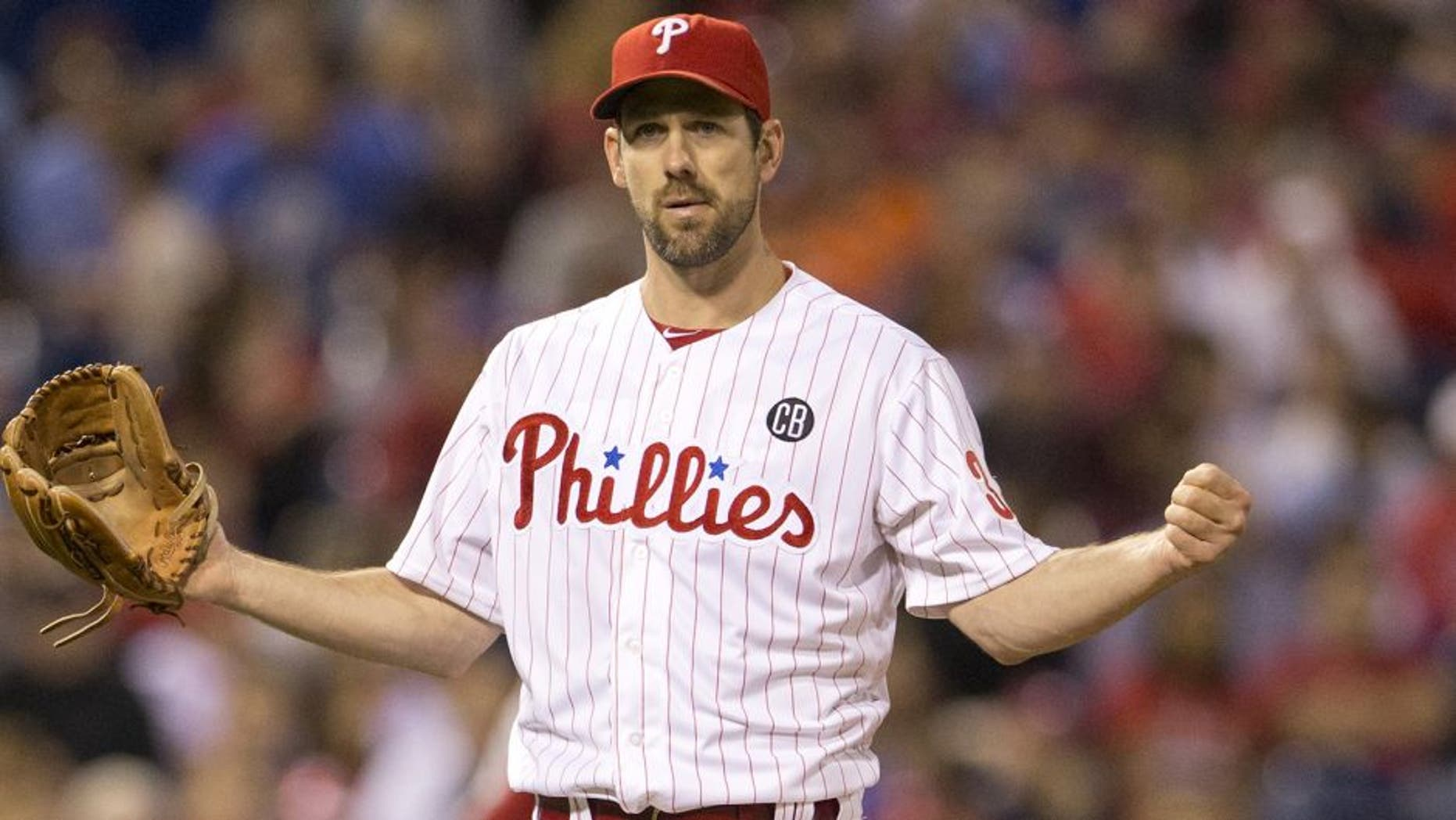 PHILADELPHIA, PA - MAY 13: Pitcher Cliff Lee #33 of the Philadelphia Phillies reacts in the top of the sixth inning against the Los Angeles Angels of Anaheim on May 13, 2014 at Citizens Bank Park in Philadelphia, Pennsylvania. (Photo by Mitchell Leff/Getty Images)