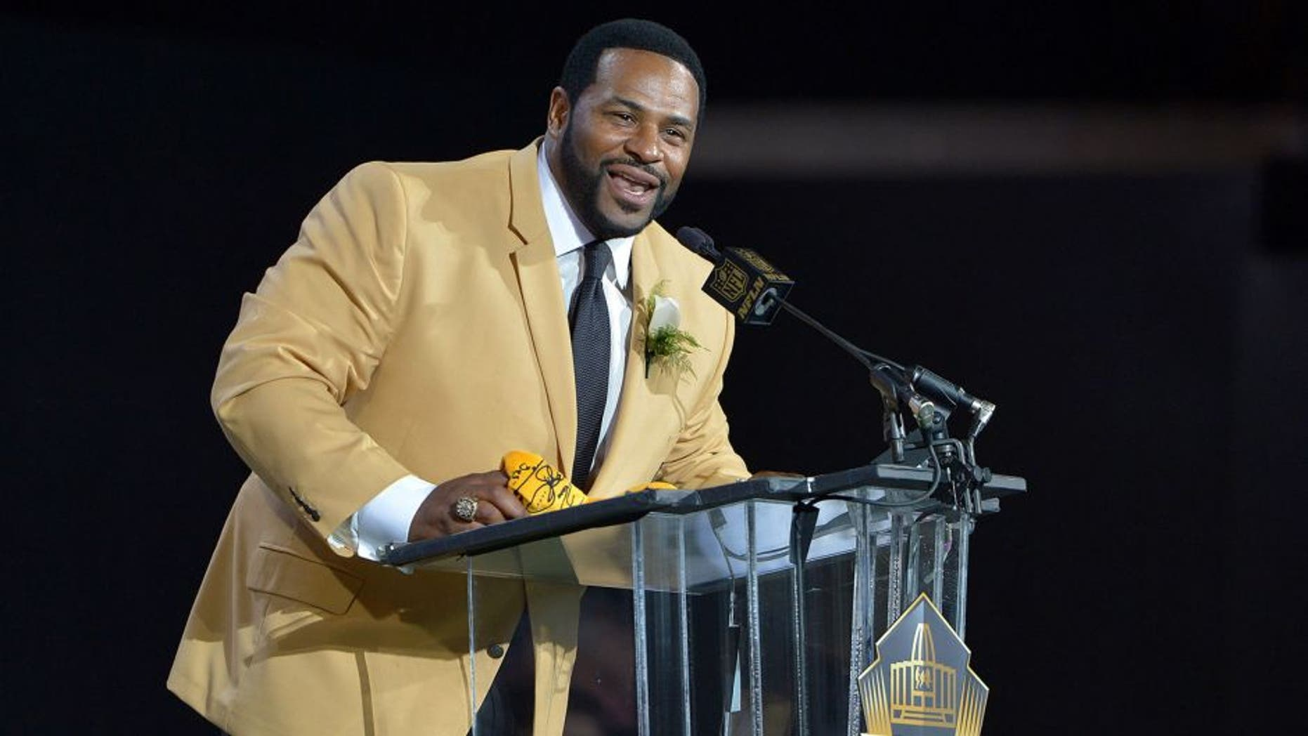 Aug 8, 2015; Canton, OH, USA; Jerome Bettis speaks during the 2015 Pro Football Hall of Fame enshrinement at Tom Benson Hall of Fame Stadium. Mandatory Credit: Kirby Lee-USA TODAY Sports