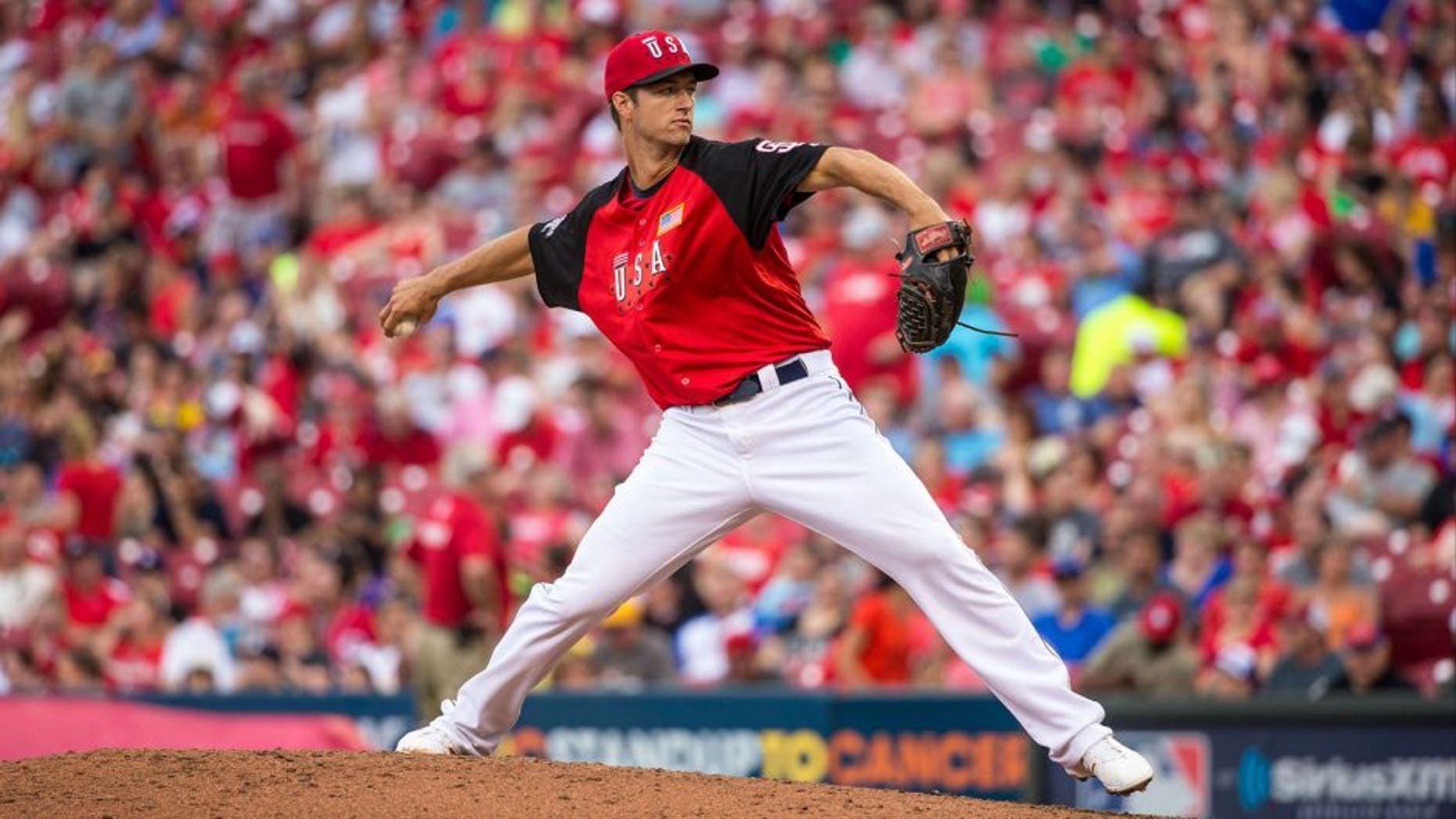 CINCINNATI, OH- JULY 12: Colin Rea #29 of the U.S. Team pitches during the SiriusXM All-Star Futures Game at the Great American Ball Park on July 12, 2015 in Cincinnati, Ohio. (Photo by Brace Hemmelgarn/Minnesota Twins/Getty Images)