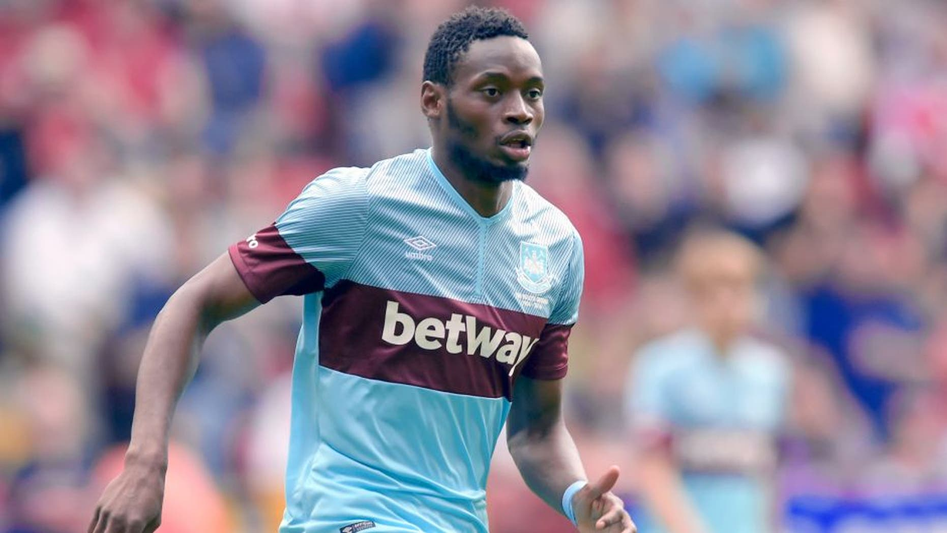 LONDON, ENGLAND - JULY 25: Diafra Sakho of West Ham United in action during the pre season friendly between Charlton Athletic and West Ham United at The Valley on July 25, 2015 in London, England. (Photo by Arfa Griffiths/Getty Images)