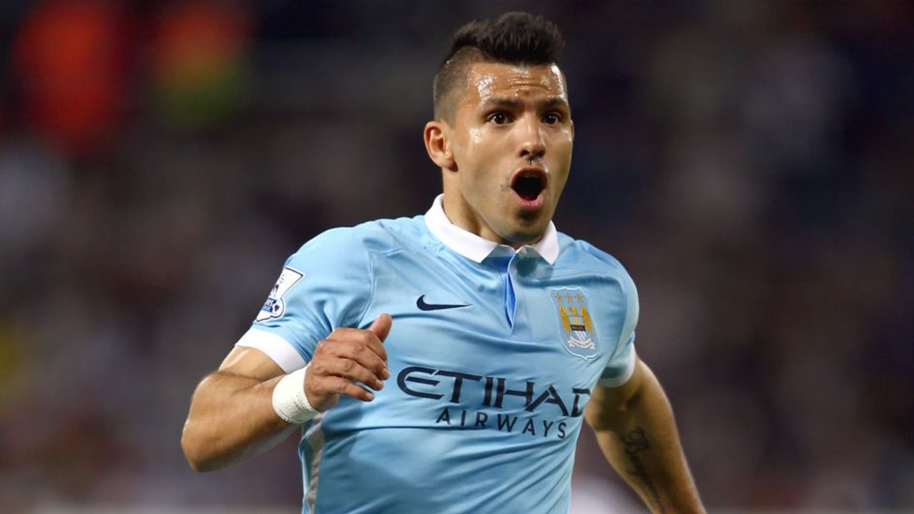WEST BROMWICH, ENGLAND - AUGUST 10: Sergio Aguero of Manchester City during the Barclays Premier League match between West Bromwich Albion and Manchester City at The Hawthorns on August 10, 2015 in West Bromwich, England. (Photo by Michael Steele/Getty Images)
