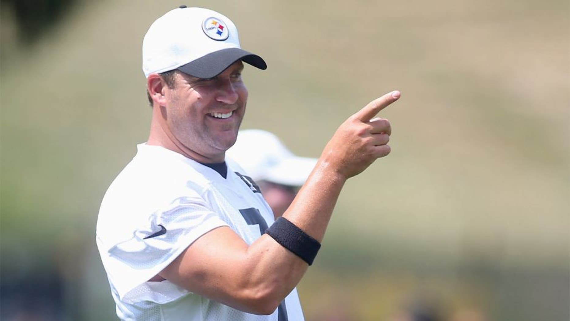 Jul 27, 2015; Latrobe, PA, USA; Pittsburgh Steelers quarterback Ben Roethlisberger (7) gestures in drills during training camp at Saint Vincent College. Mandatory Credit: Charles LeClaire-USA TODAY Sports