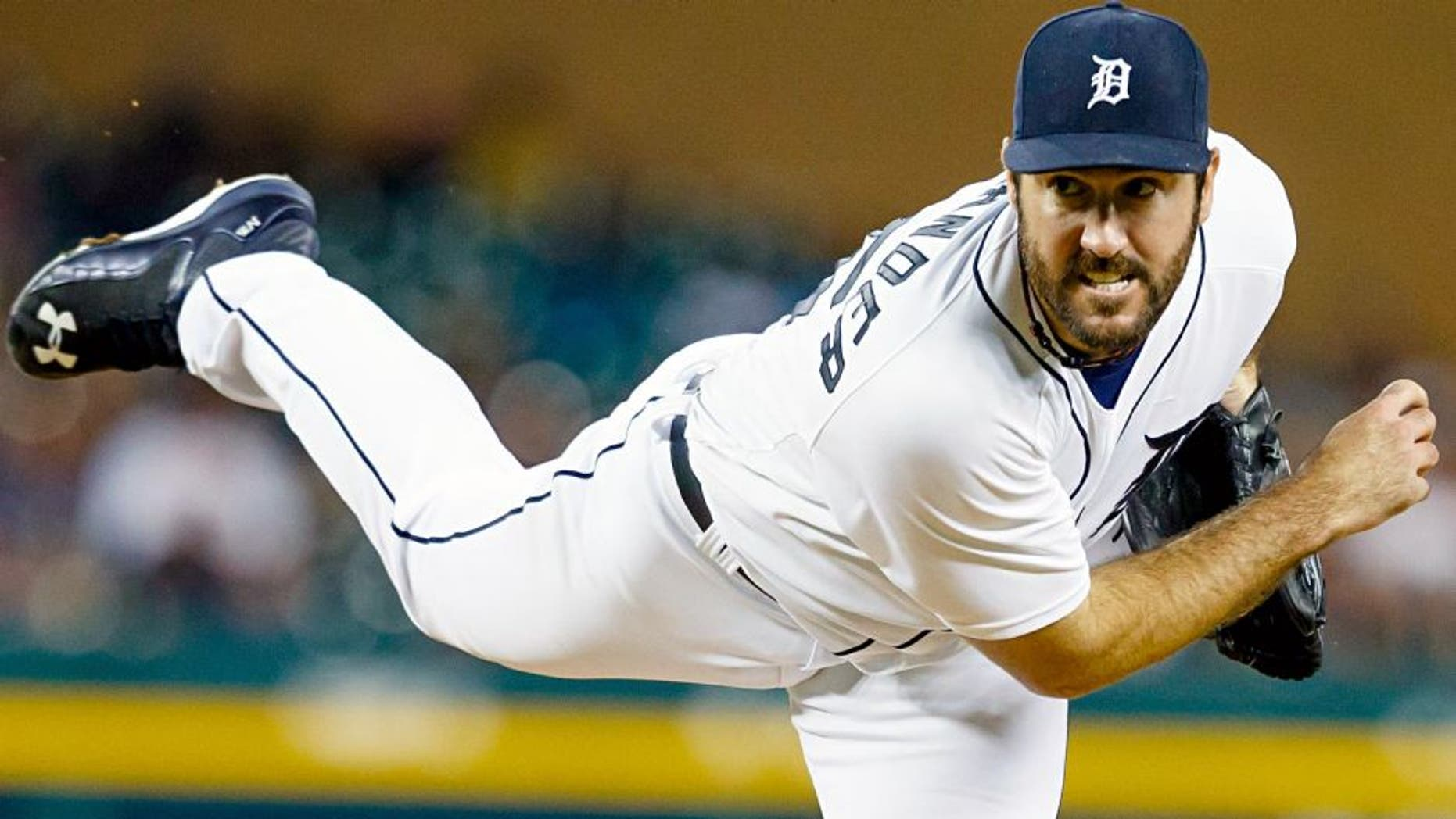 Aug 26, 2015; Detroit, MI, USA; Detroit Tigers starting pitcher Justin Verlander (35) pitches in the eighth inning against the Los Angeles Angels at Comerica Park. Detroit won 5-0. Mandatory Credit: Rick Osentoski-USA TODAY Sports