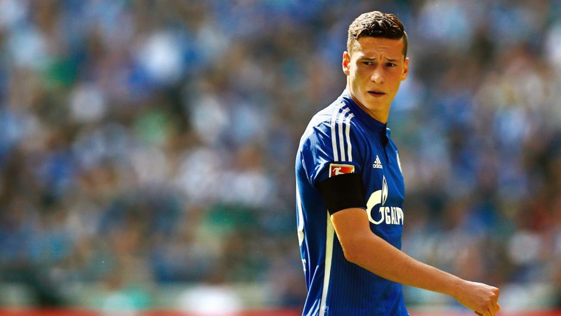 GELSENKIRCHEN, GERMANY - AUGUST 22: Julian Draxler of Schalke looks on during the Bundesliga match between FC Schalke 04 and SV Darmstadt 98 held at Veltins-Arena on August 22, 2015 in Gelsenkirchen, Germany. (Photo by Dean Mouhtaropoulos/Bongarts/Getty Images)