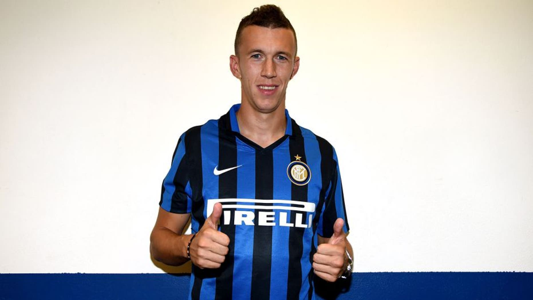 MODENA, ITALY - AUGUST 30: Ivan Perisic of FC Internazionale attends the Serie A match between Carpi FC and FC Internazionale Milano at Alberto Braglia Stadium on August 30, 2015 in Modena, Italy. (Photo by Claudio Villa - Inter/Getty Images)