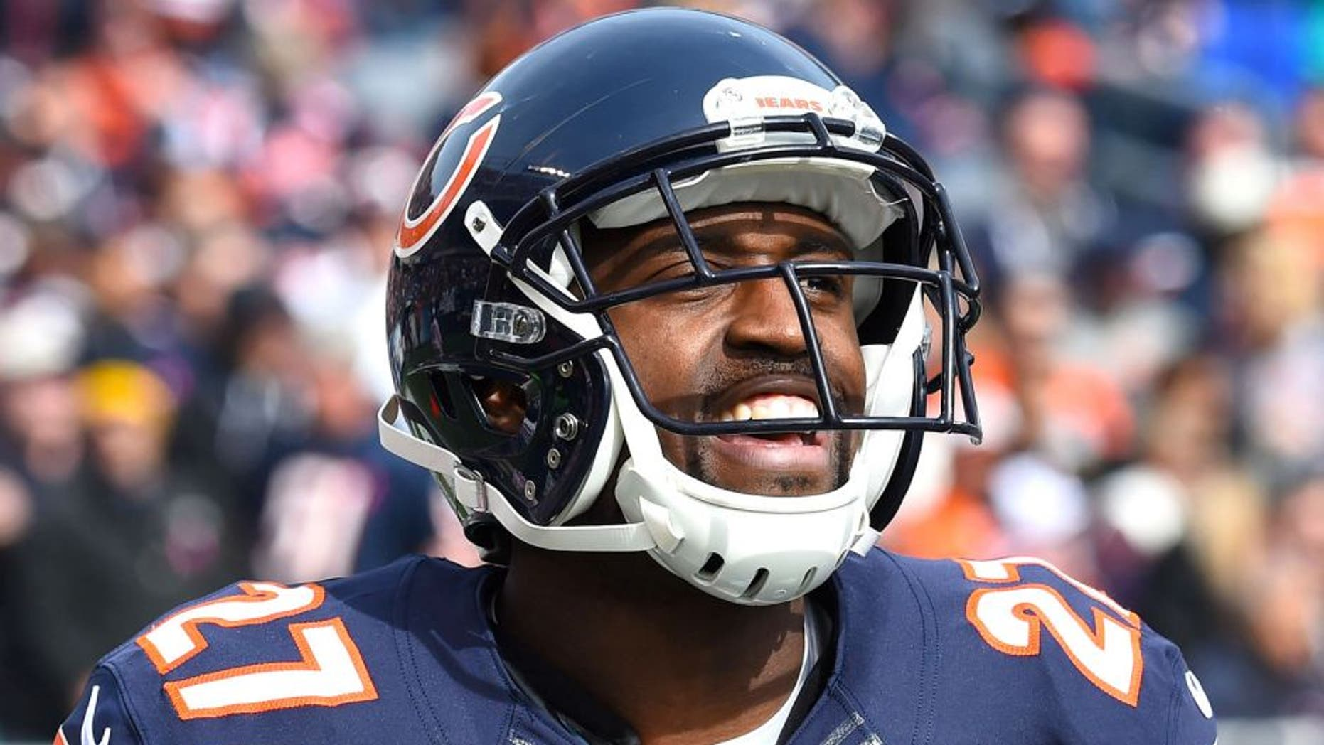 Oct 19, 2014; Chicago, IL, USA; Chicago Bears cornerback Sherrick McManis (27) during the first quarter at Soldier Field. Mandatory Credit: Mike DiNovo-USA TODAY Sports
