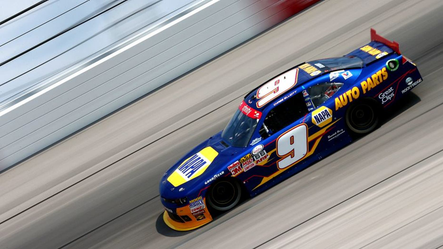 DARLINGTON, SC - SEPTEMBER 05: Chase Elliott, driver of the #9 NAPA Auto Parts Chevrolet, qualifies for the NASCAR XFINITY Series VFW Sport Clips Help A Hero 200 at Darlington Raceway on September 5, 2015 in Darlington, South Carolina. (Photo by Sarah Crabill/NASCAR via Getty Images)