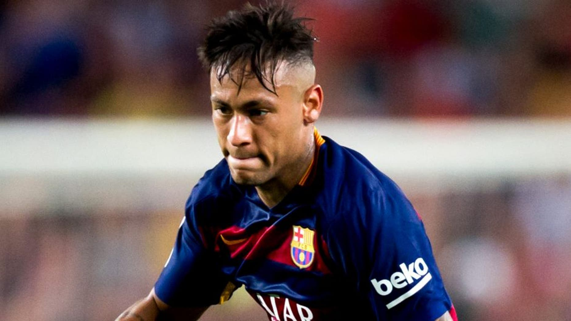 BARCELONA, SPAIN - AUGUST 29: Neymar Santos Jr of FC Barcelona runs with the ball during the La Liga match between FC Barcelona and Malaga CF at Camp Nou on August 29, 2015 in Barcelona, Spain. (Photo by Alex Caparros/Getty Images)